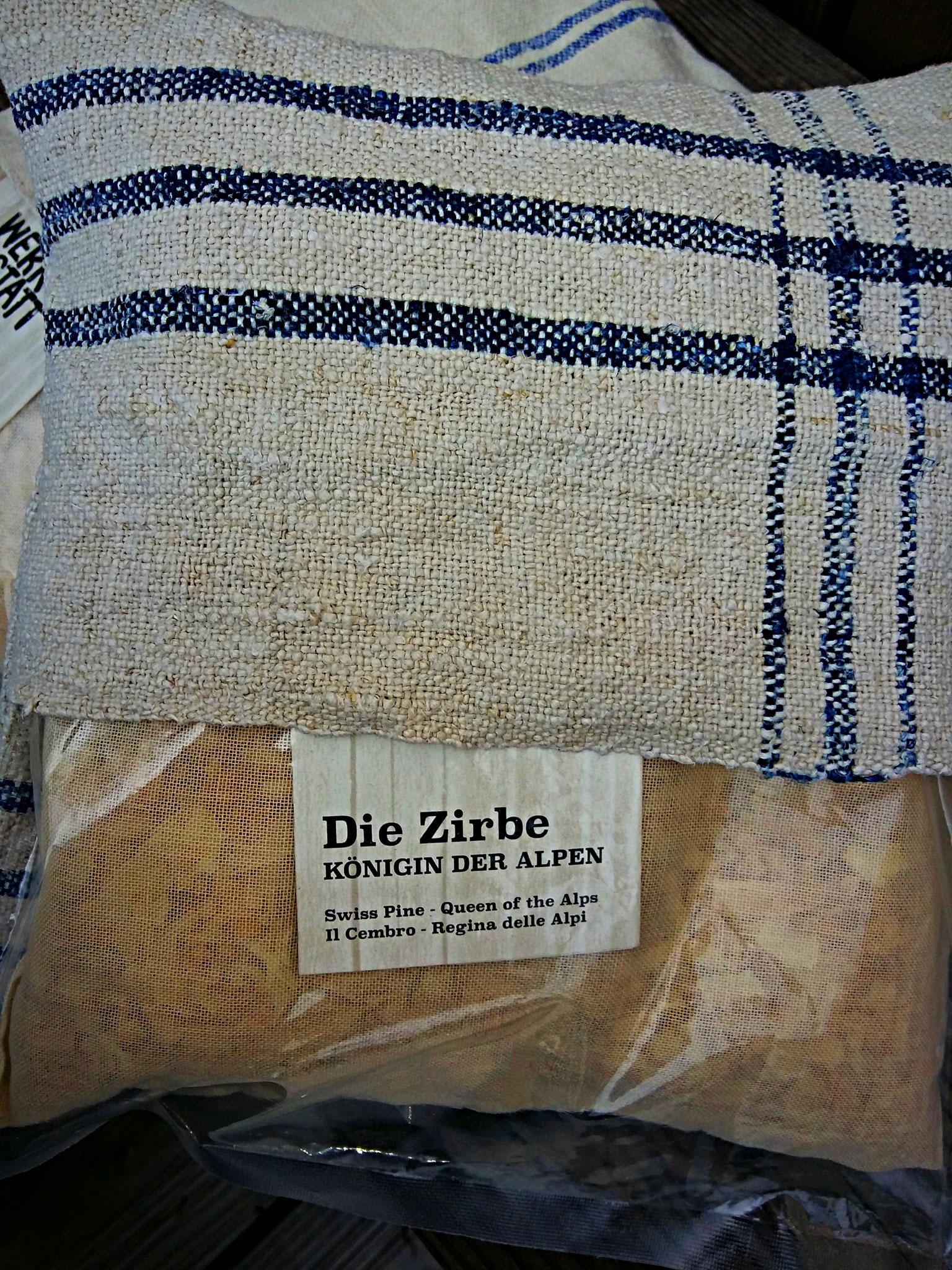 BAUERNleinen - zirbenkissen 20x20cm, zirbe angereichert mit johanniskraut von der zirbenwerkstatt, € 26,--