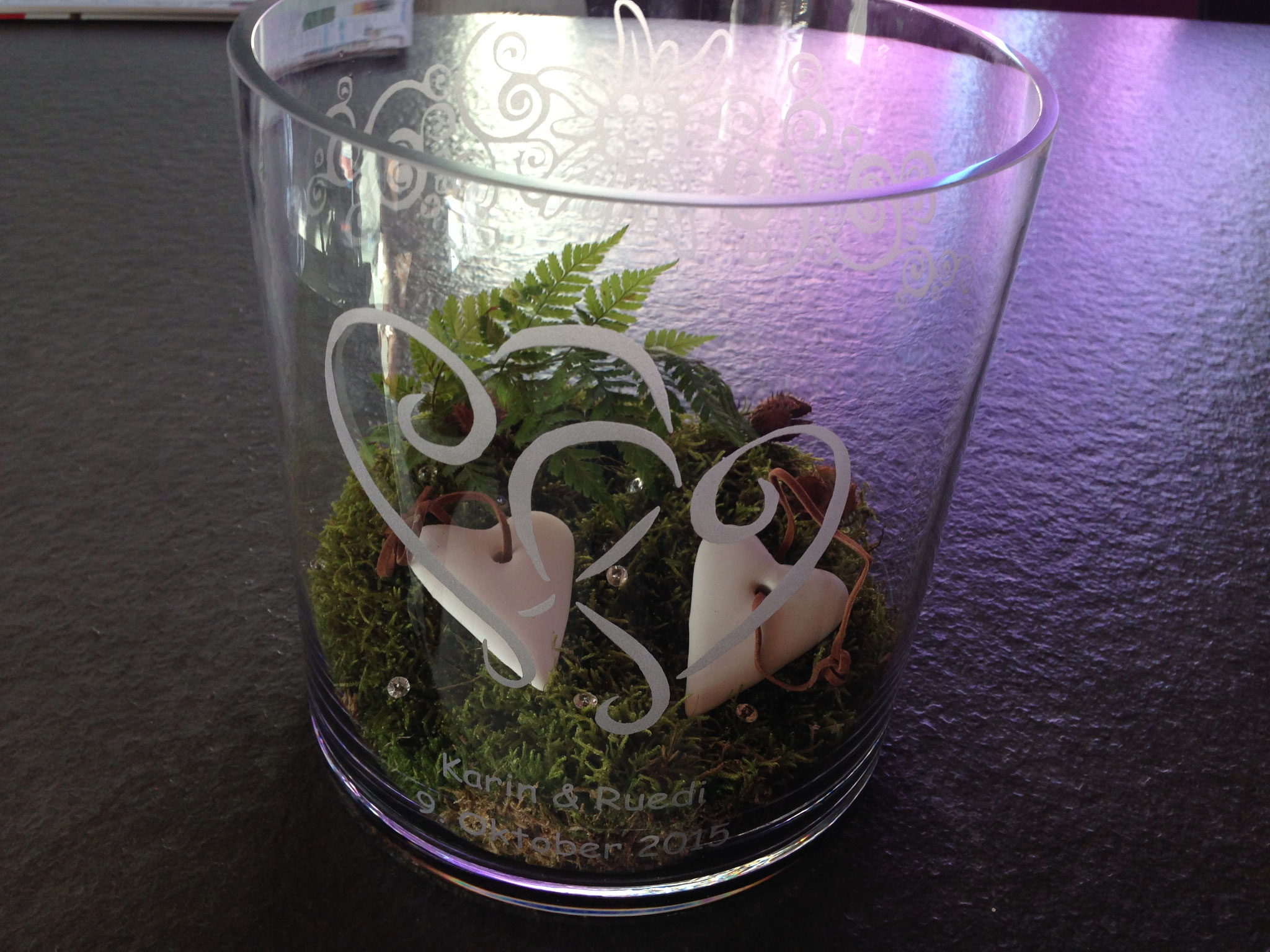 Glas-Vase Sandgestrahlt