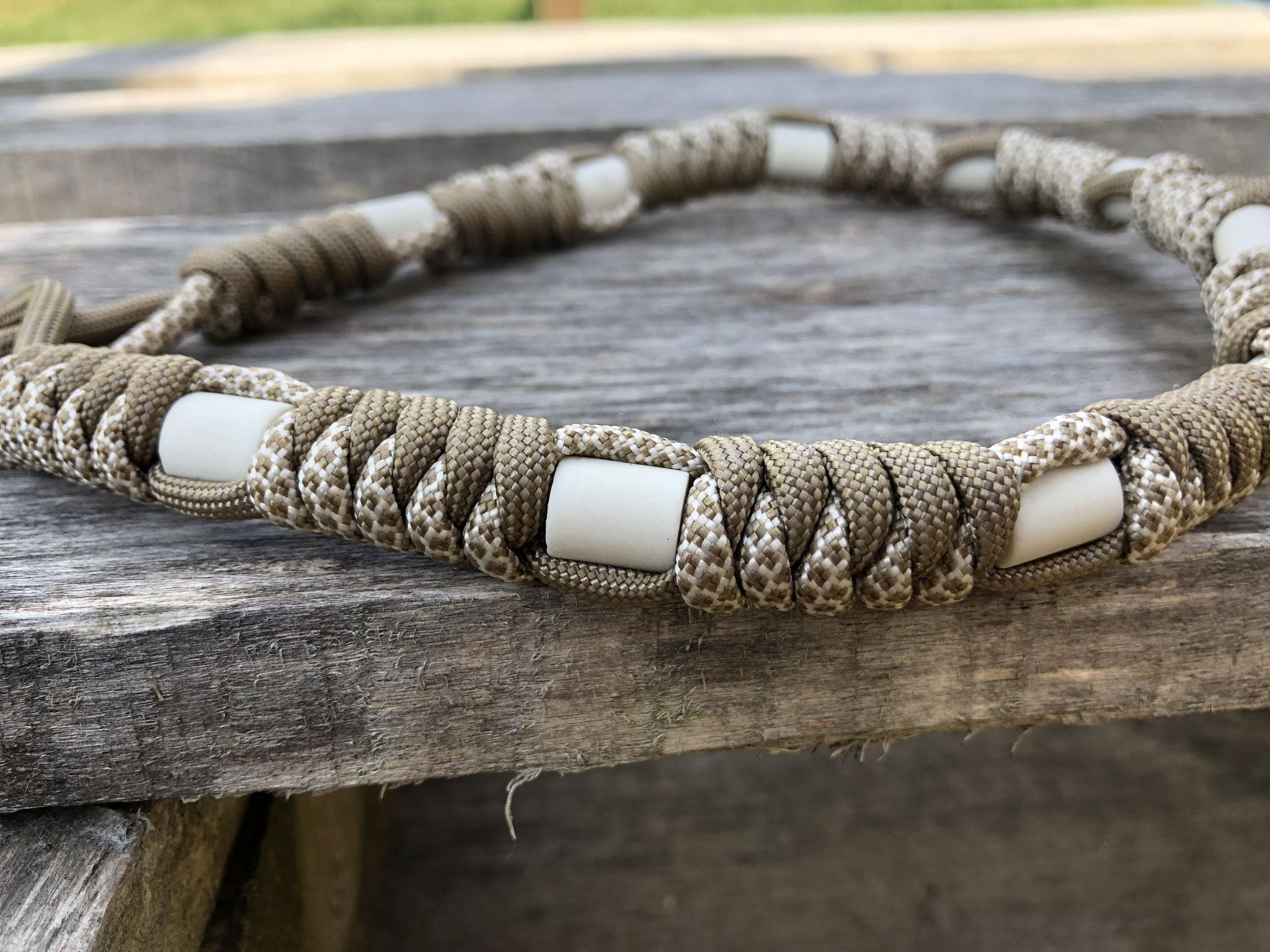 Paracord Zecken-Halsband