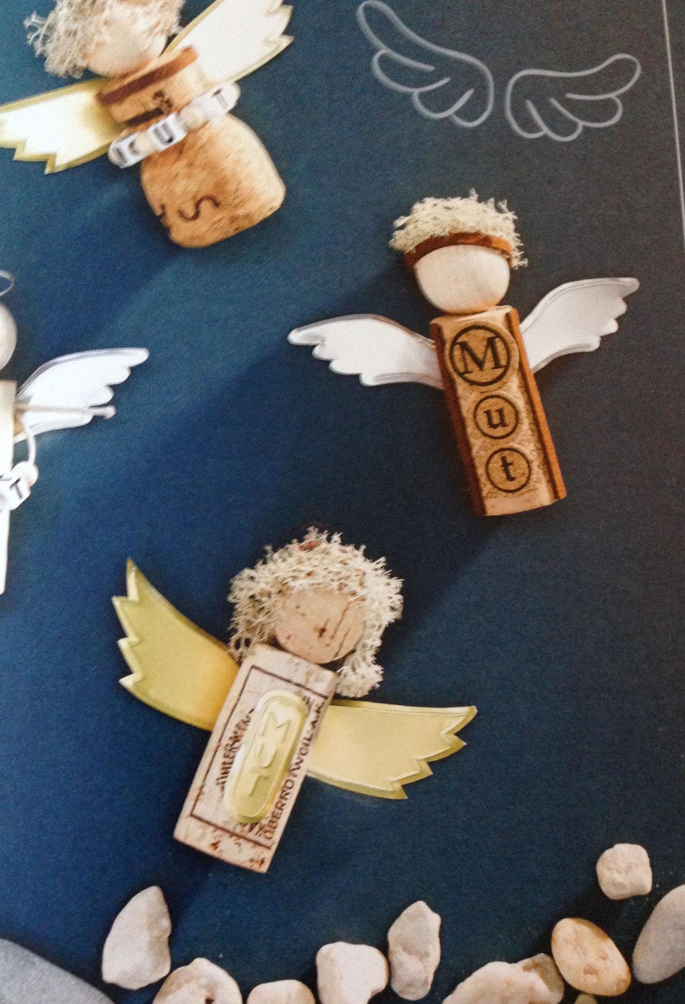 Zapfen-Engel Beispiels-Bild Buch Topp-Verlag
