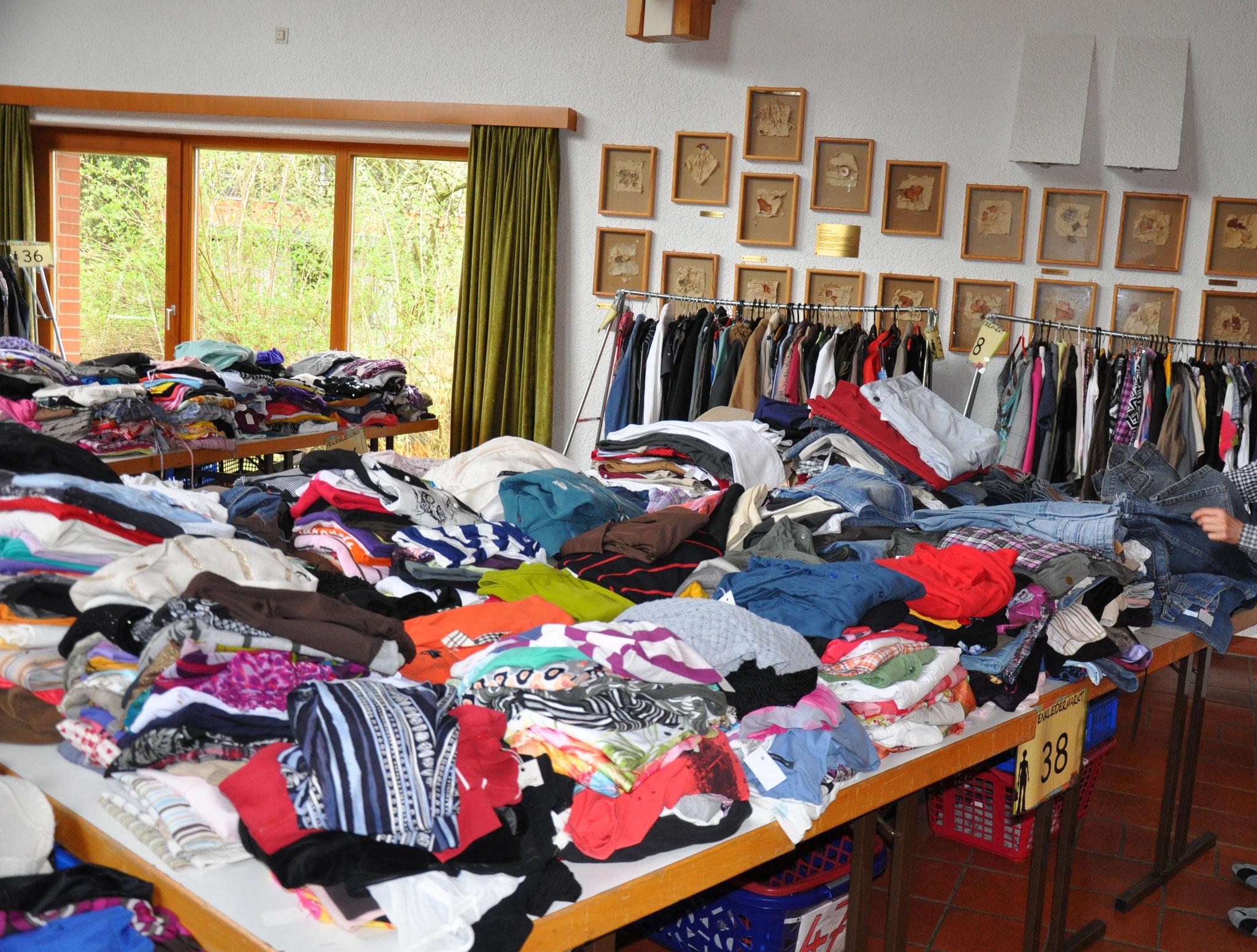Frauenkleidermarkt