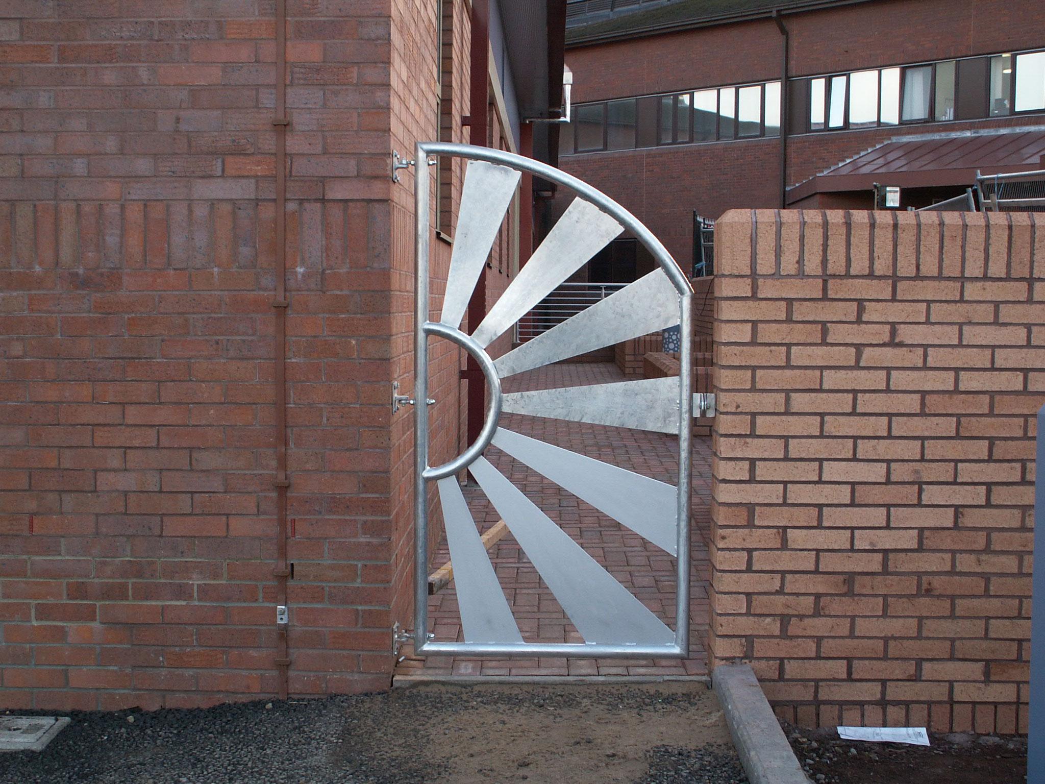 Hospital Gate