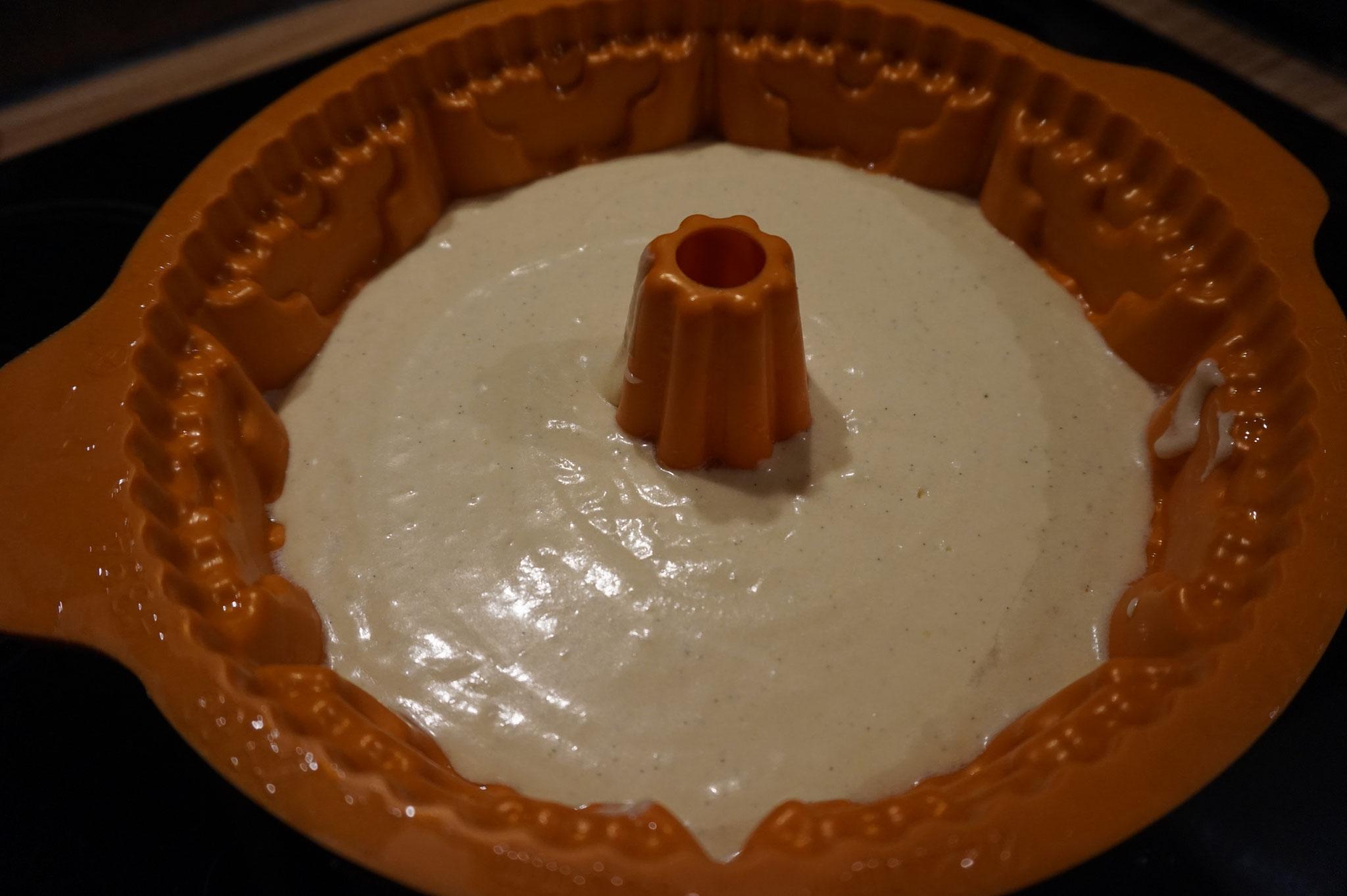 einfache Milchmaedchen Torte mit Vanille-Frosting