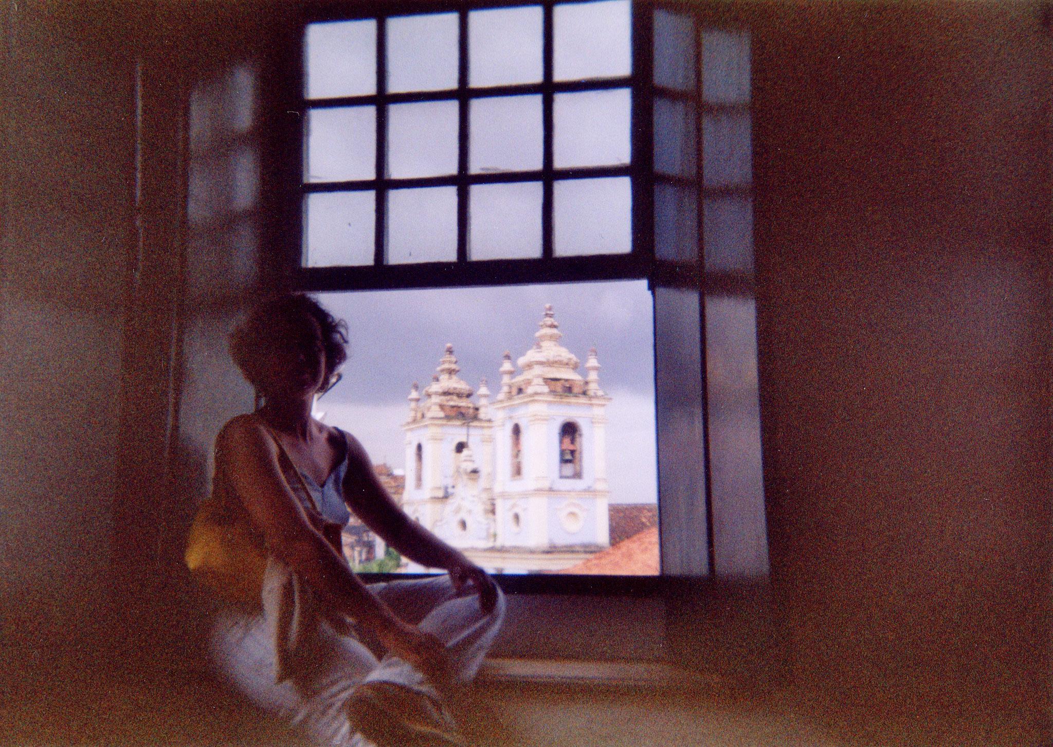 Carmen Ros en la casa de Jorge Amado, Salvador de Bahía, Brasil