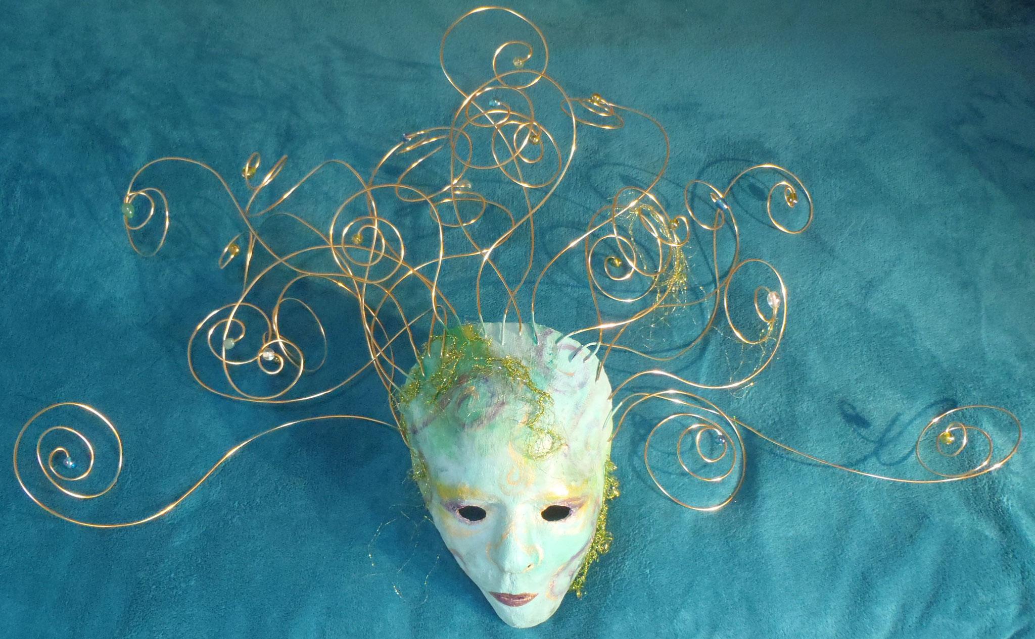 Wasserwirbel - Gips-Maske - Privatbesitz