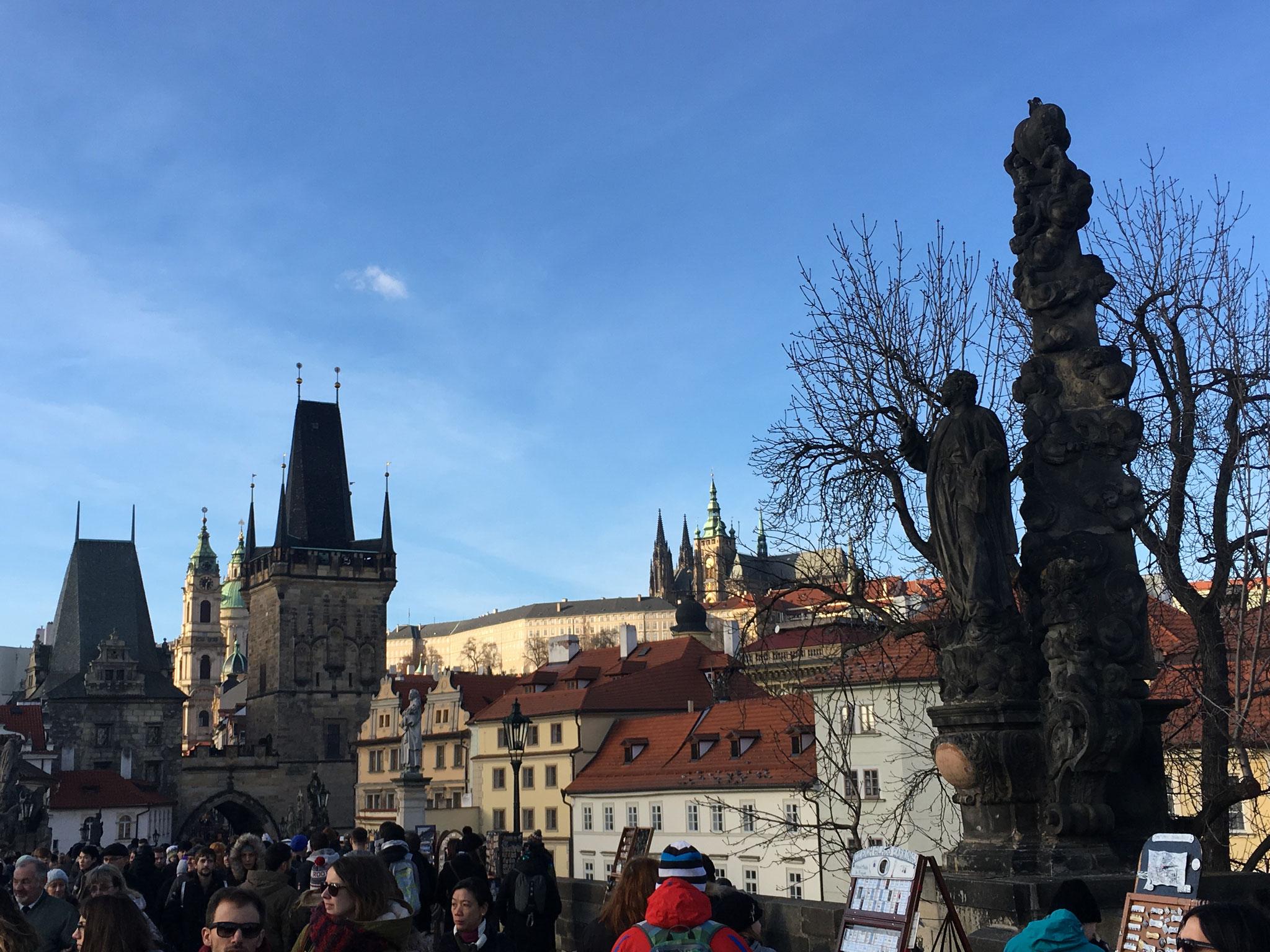 Blick von der Karlsbrücke Richtung Prager Burg
