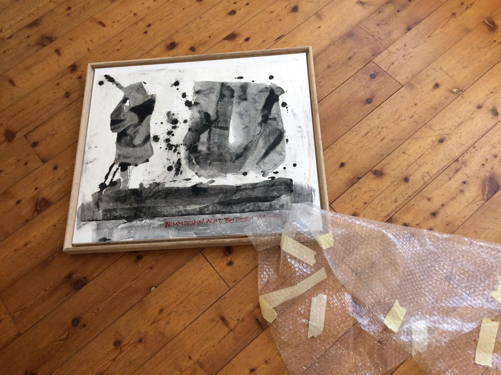 """""""Nimm Dich in Acht bei diesen Wolken"""" von Jean Lessenich, 60 x 70 cm gerahmt, chinesische Tusche, 2013. Foto: Manfred Etten"""