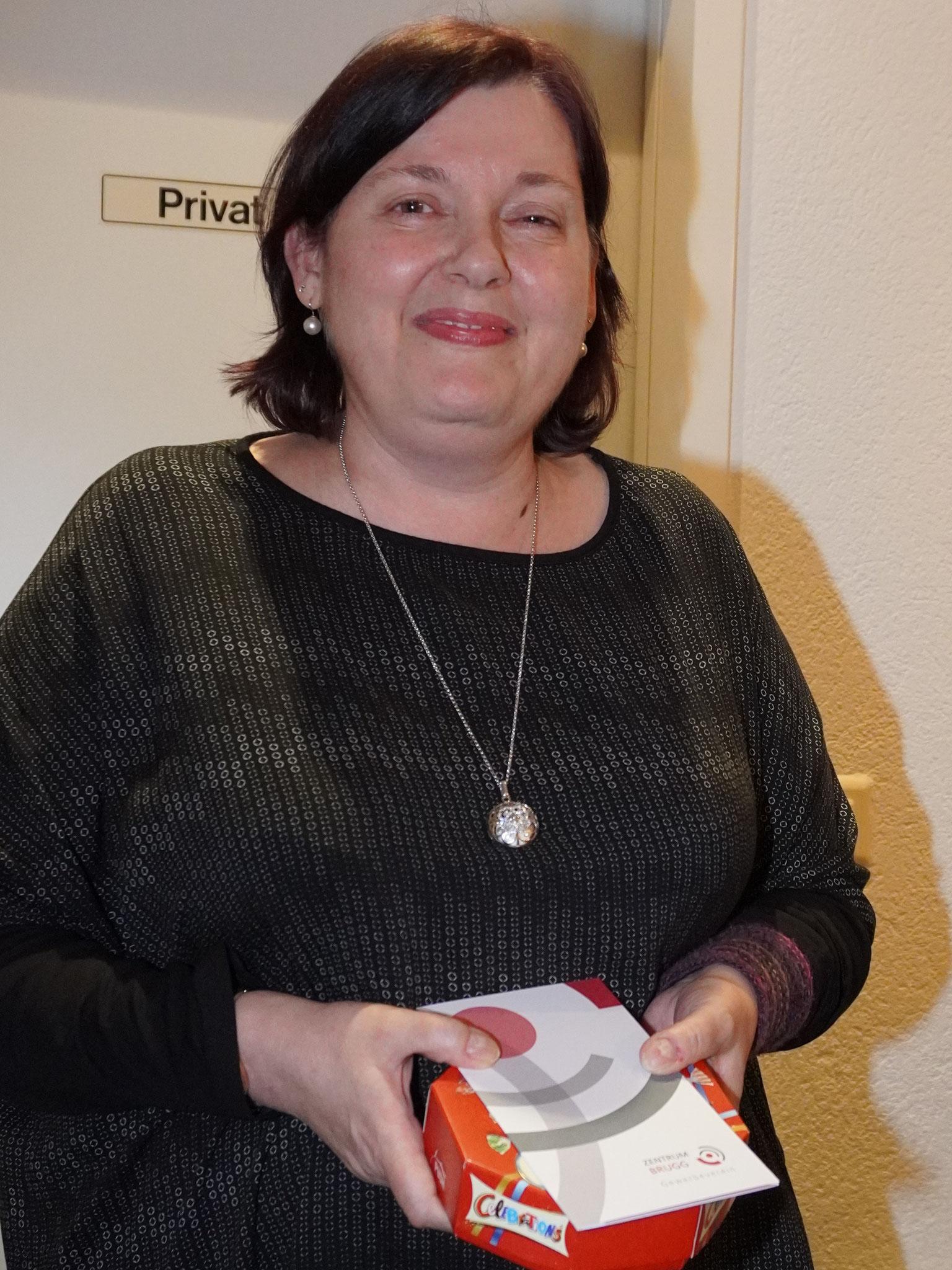 Peggy Studerus: einmal mehr die Nummer 1 beim Probenbesuch. Nur gerade 1 Absenz = 60 x anwesend! Gratulation