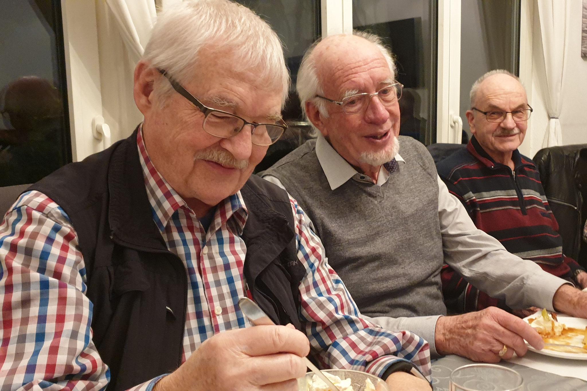 Drei x ü80: Ehrenmitglied Andres Sommer, soeben als Aktivmitglied zurückgetretender Hans Frei und Aktivmitglied Markus Häusermann