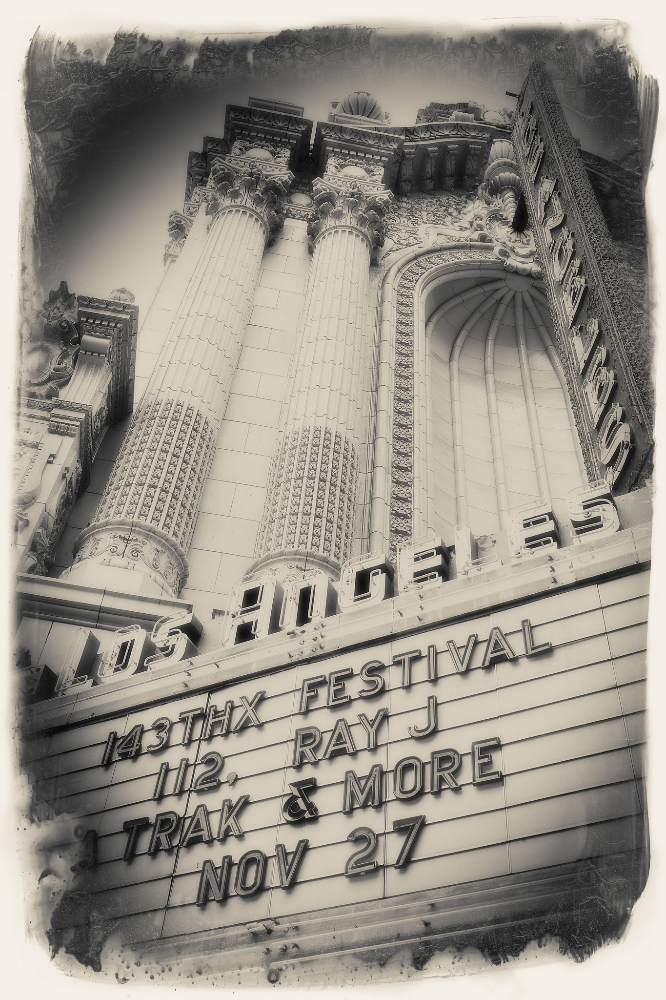 LOS ANGELES THEATER ouvert en 1931 lieu hanté par tant de grands esprits ... cette balade immortelle fut magnifique ... fouler vos pas ... City of Angels