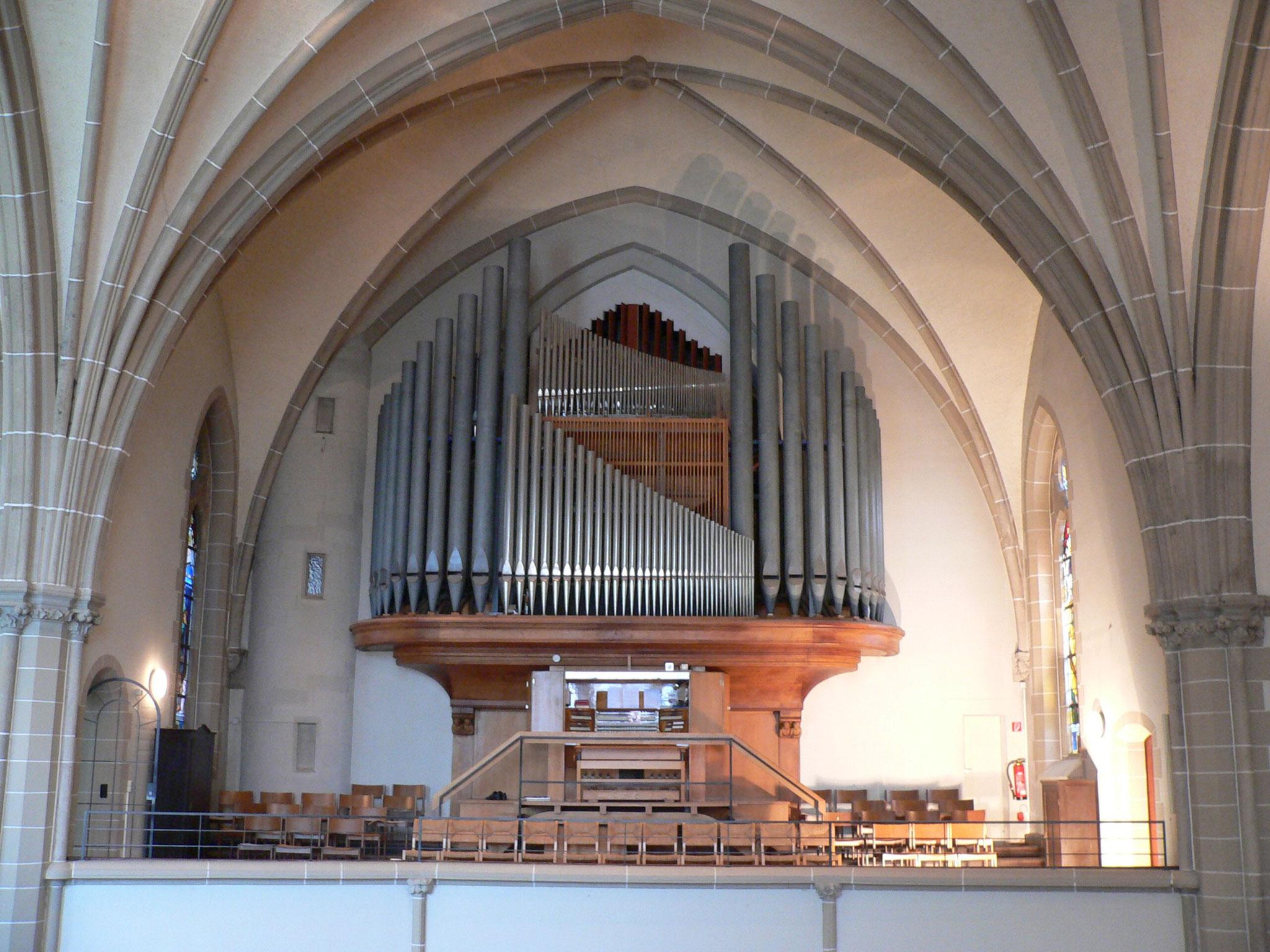 Blick auf die Orgelempore der Dankeskirche