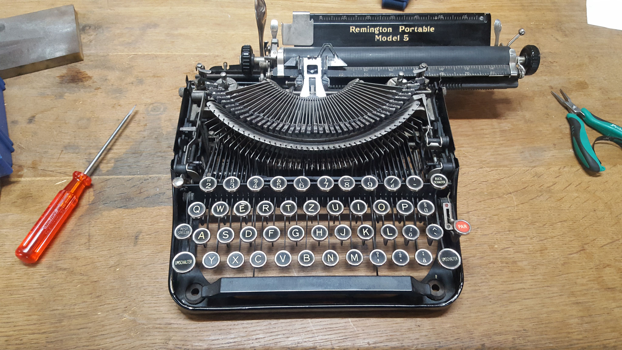 Underwood Schreibmaschine reparieren