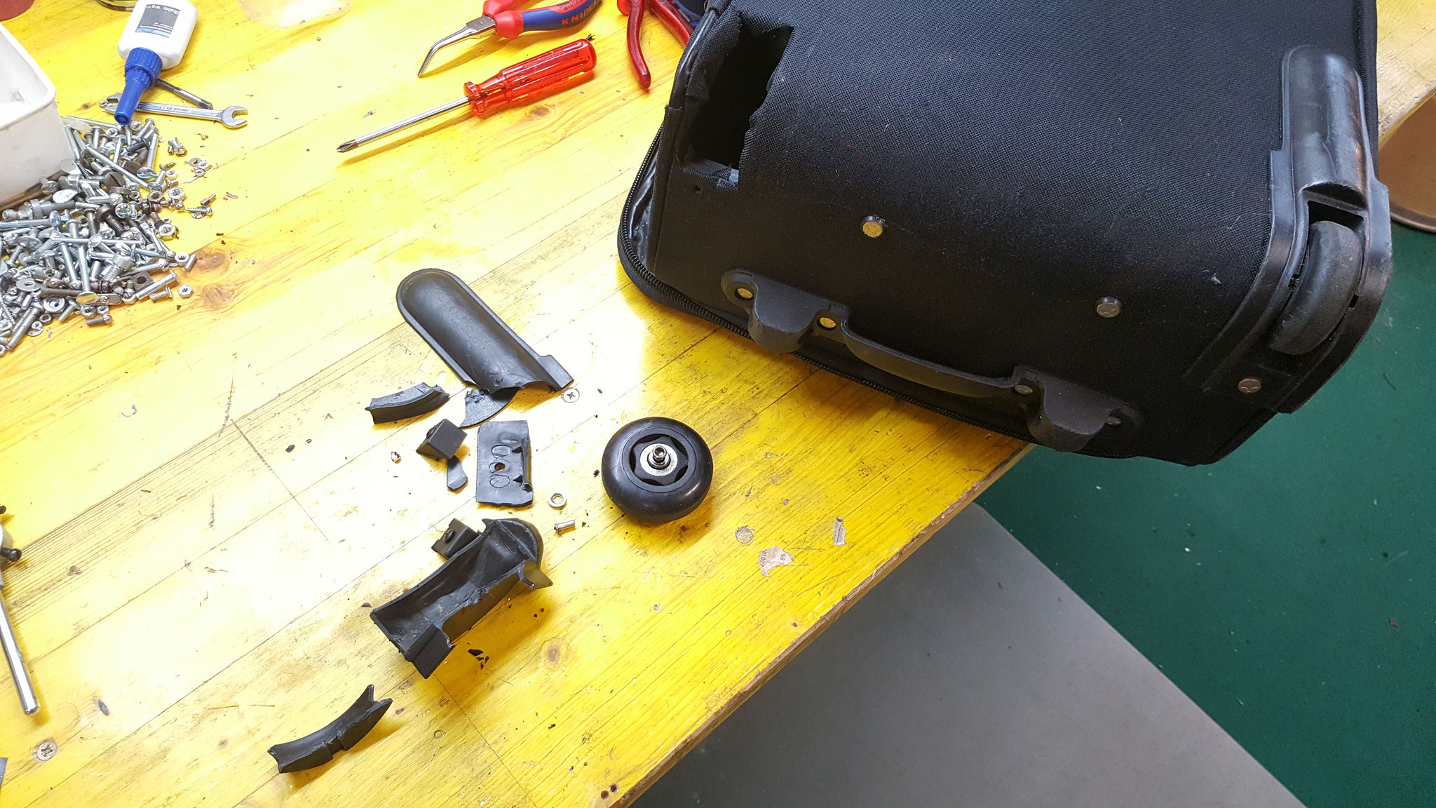 Kofferrad ersetzen