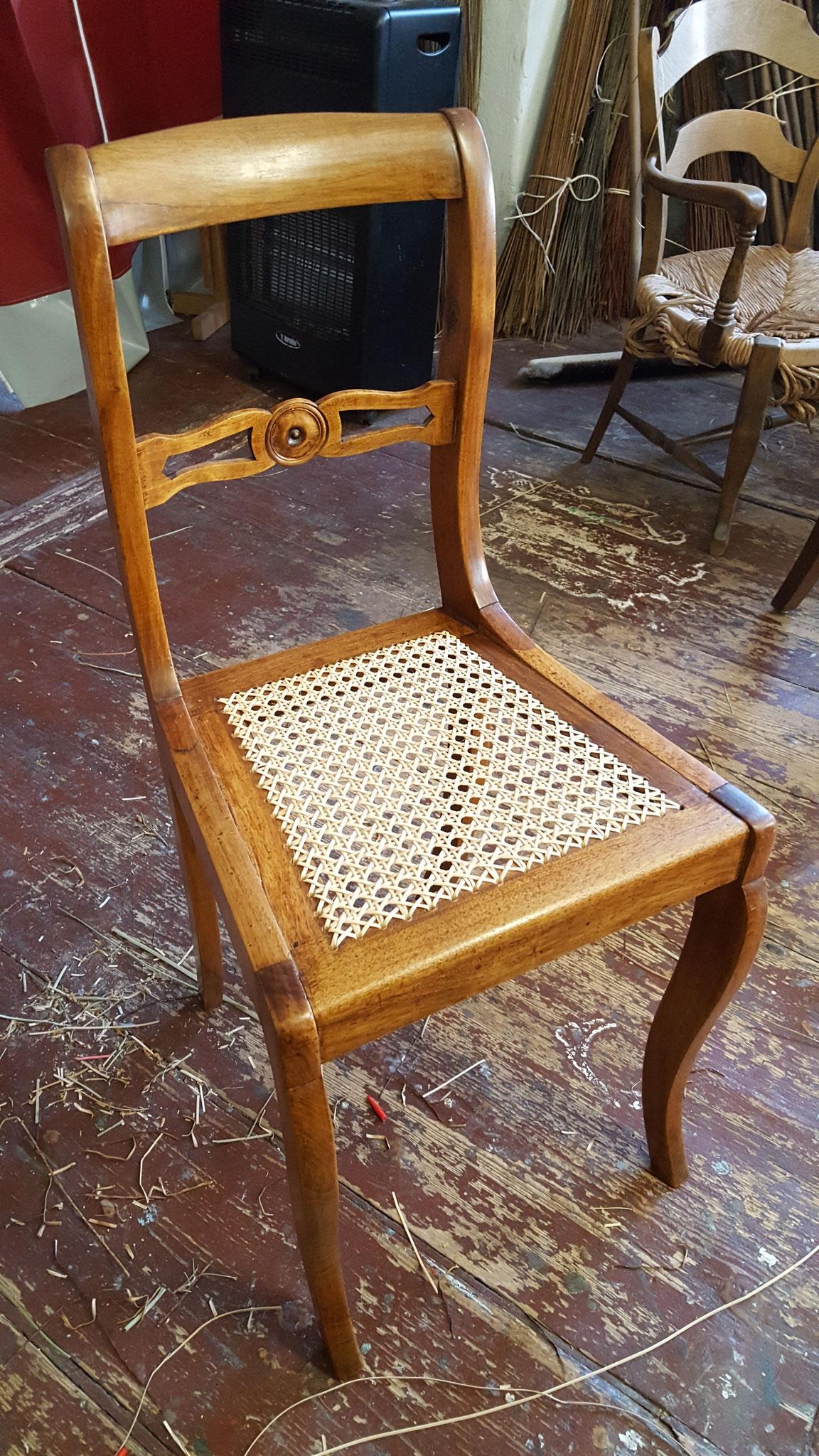 Der Stuhl ist fertig