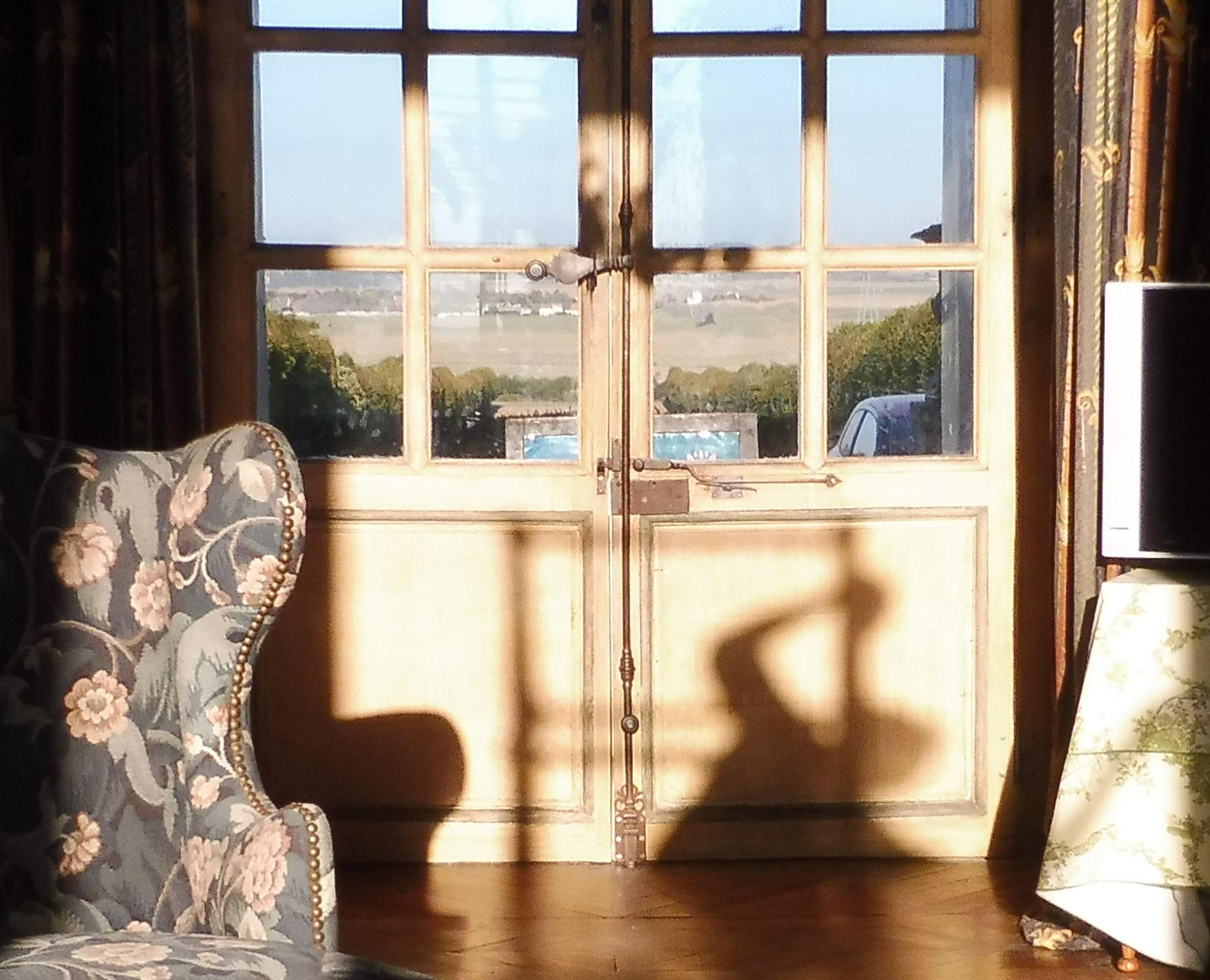 Porte-fenêtre château privé