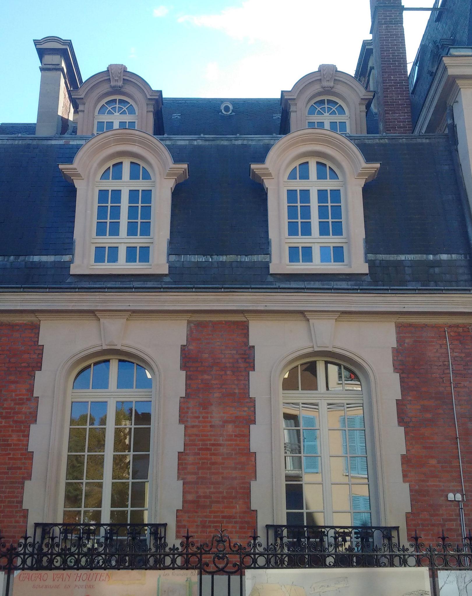 Fenêtres Hôtel de Ville de Gonesse