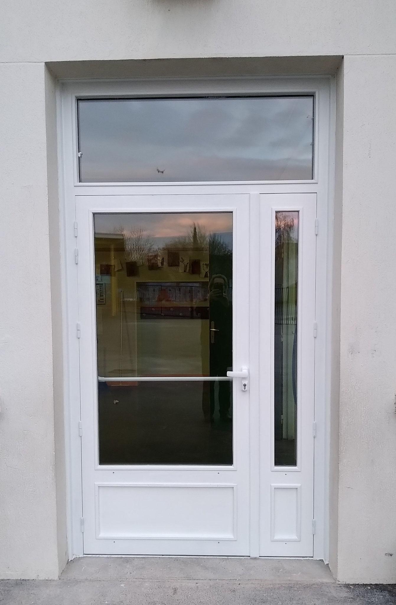 Ensemble 2 vantaux et imposte vitrée fixe