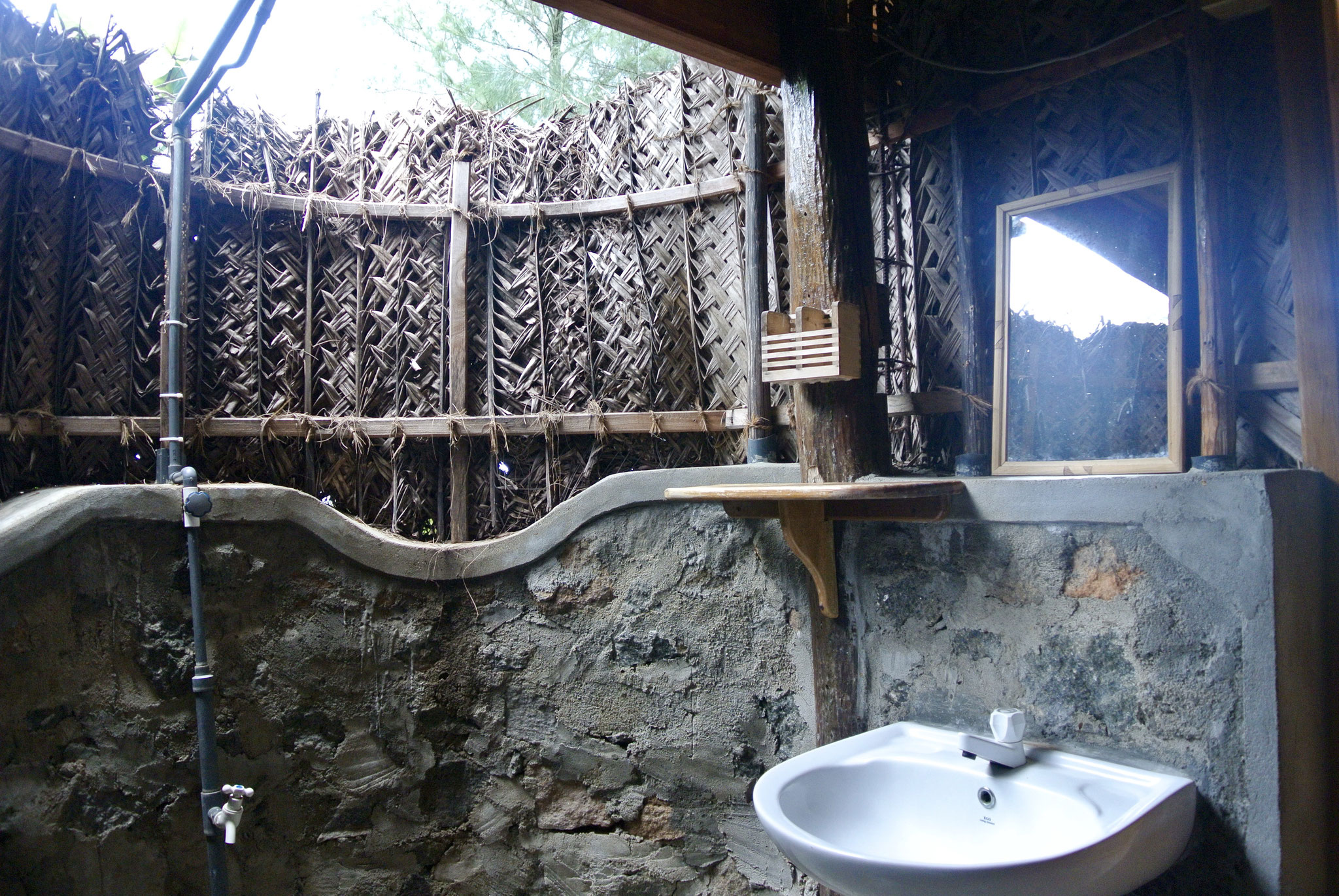 The Miro Cabana / Open Air Bathroom