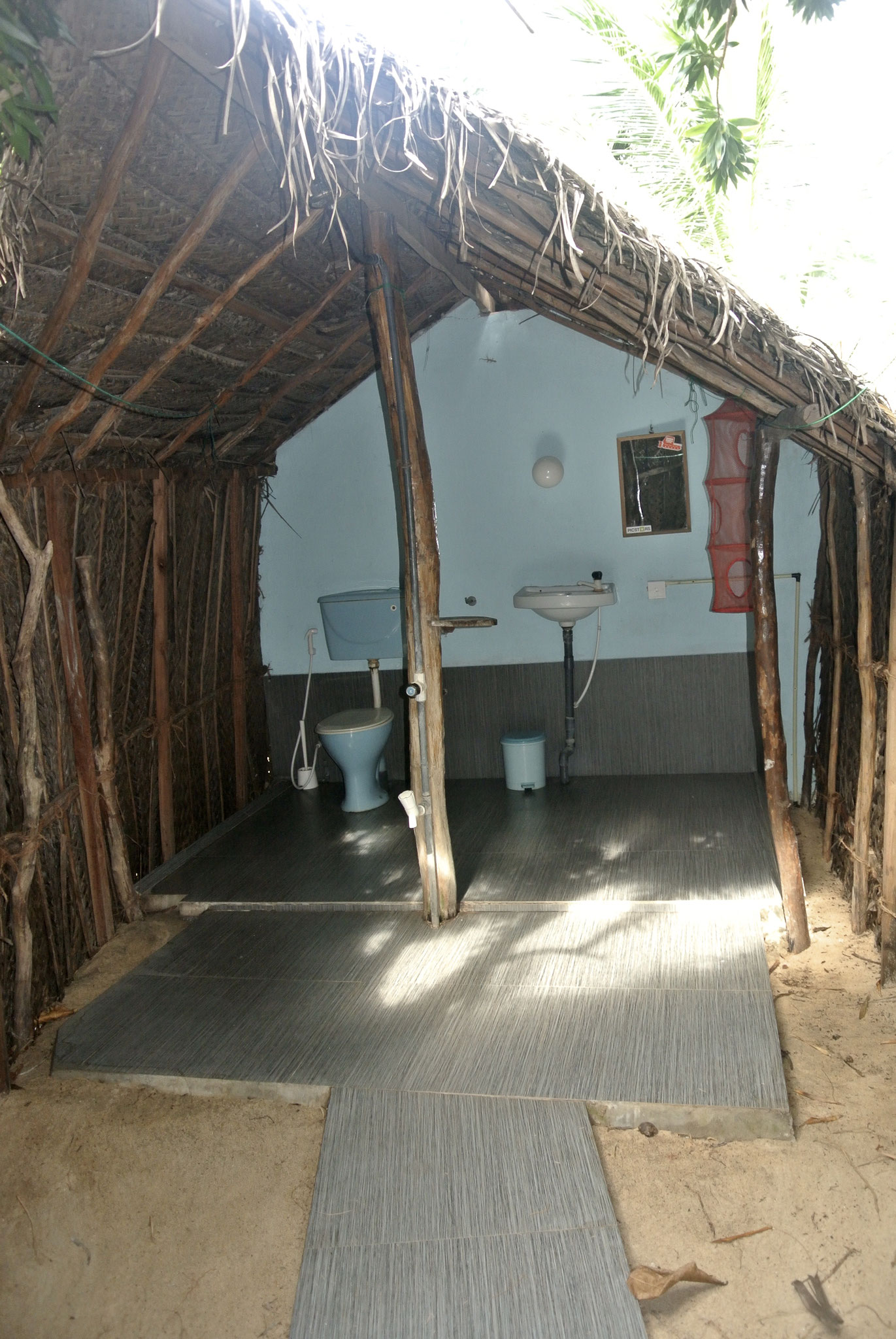 The Noa Cabana / Open Air Bathroom