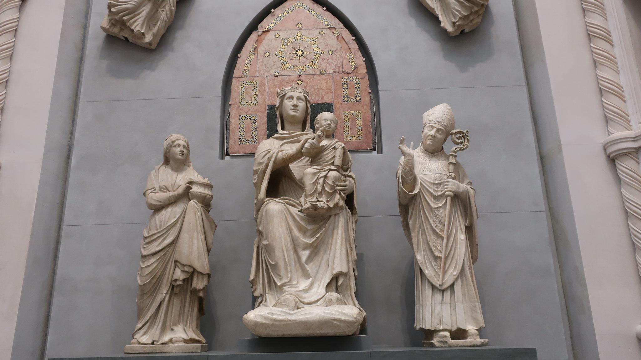 ドゥオーモ(大聖堂)付属美術館。聖母子像。