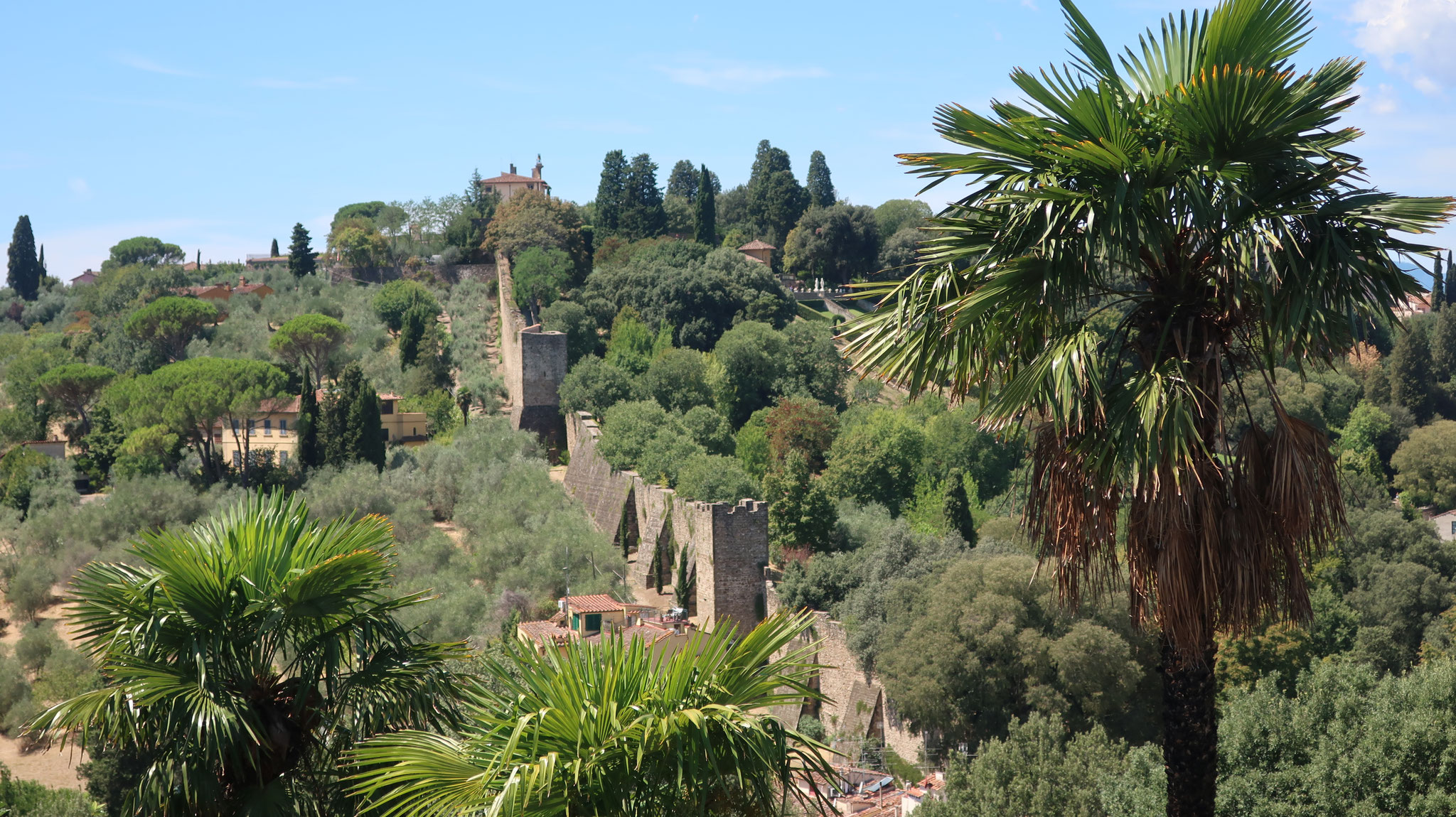 フィレンツェを外敵から守る城壁