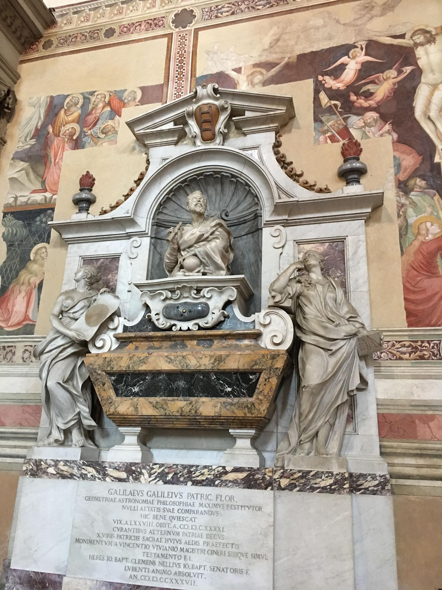ガリレオ・ガリレイの墓。