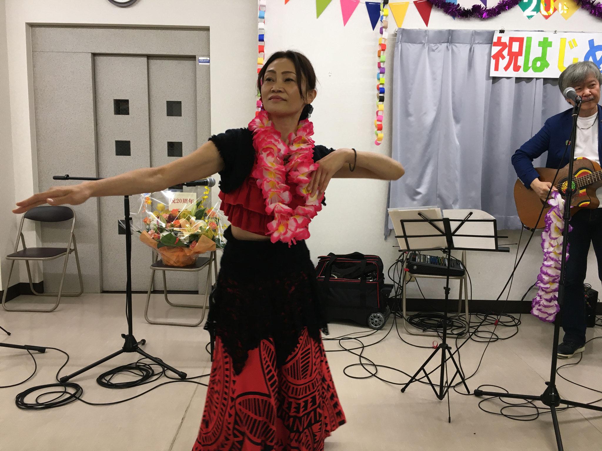 友人のダンサーも出演してくれました。