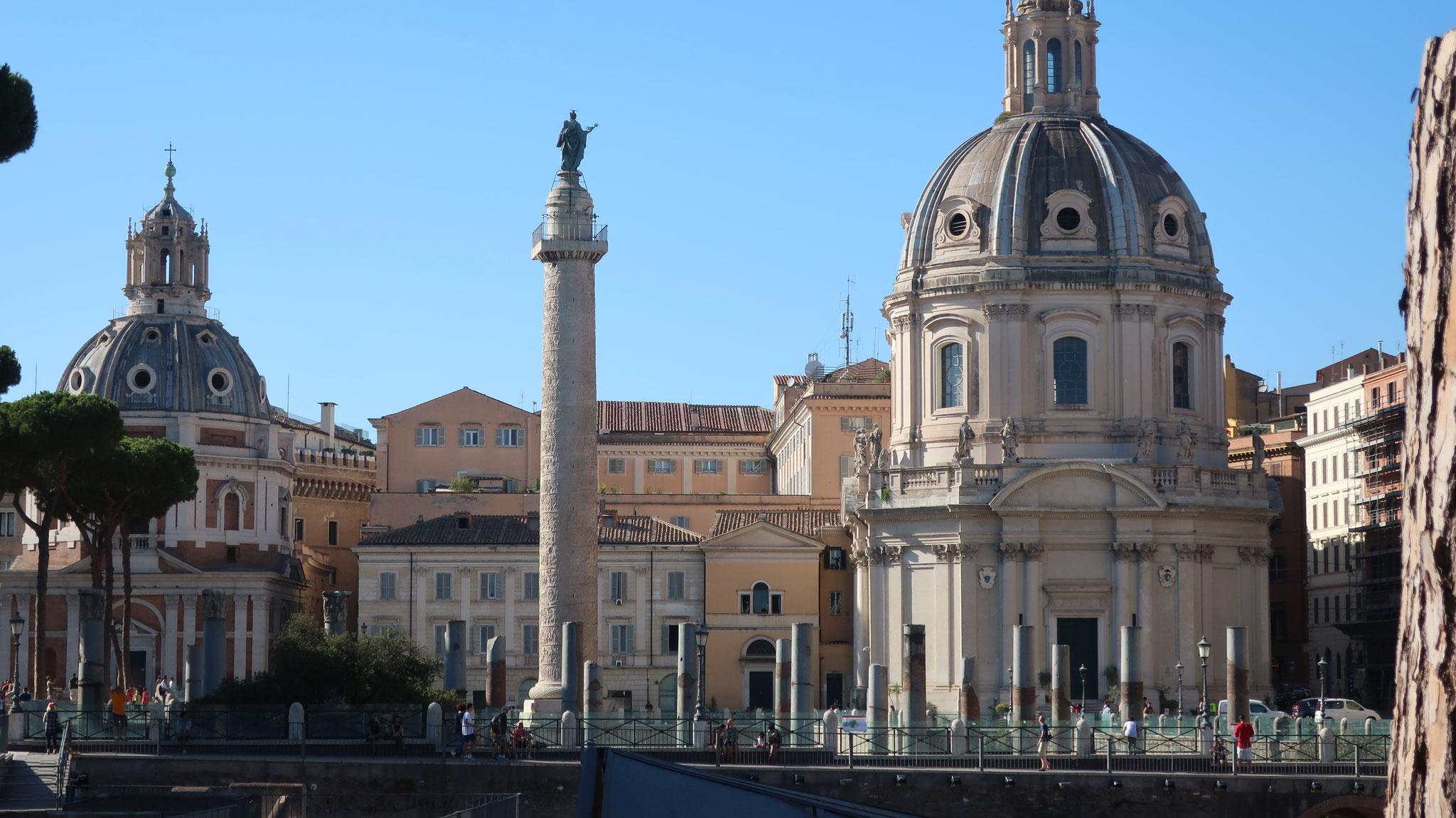 トラヤヌス帝の公共広場