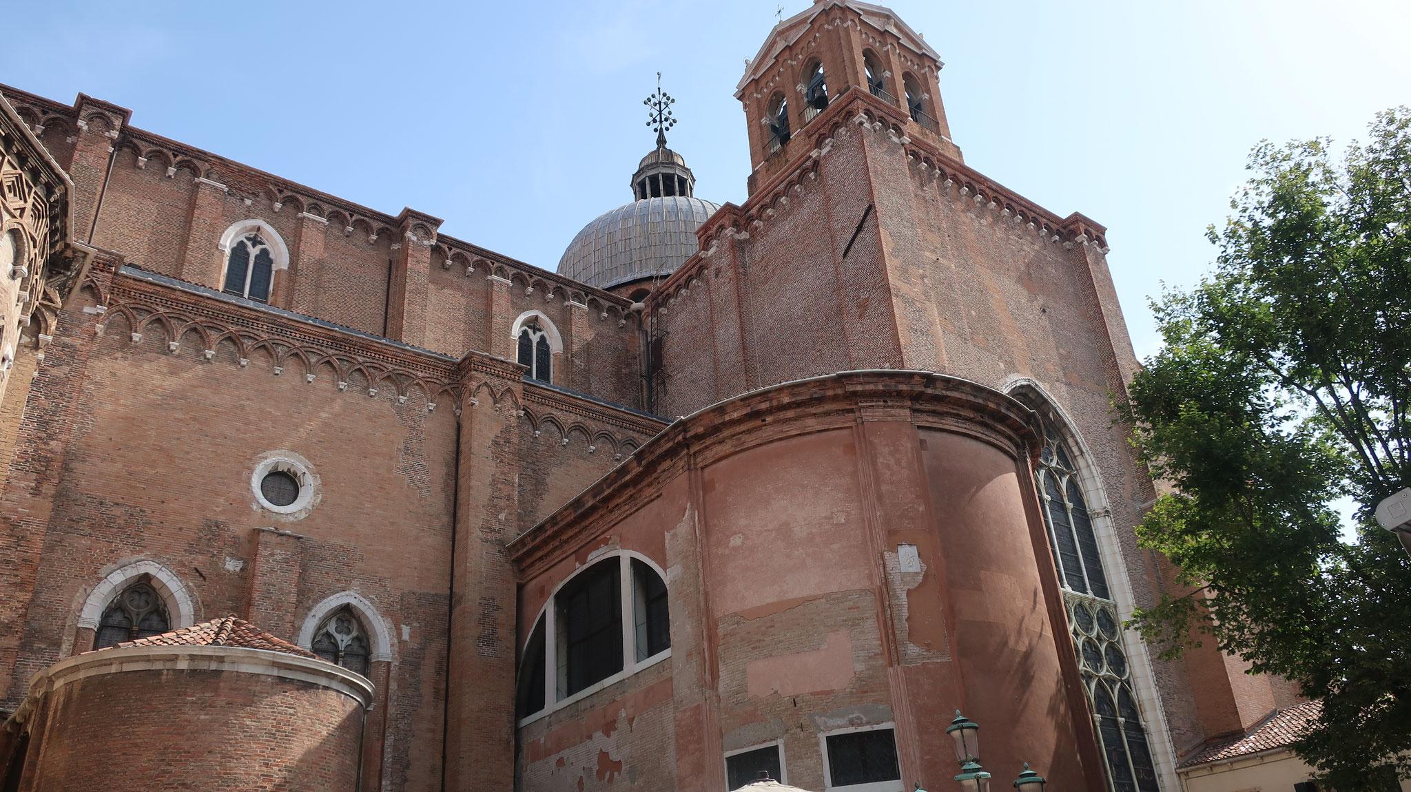 サンティ・ジョヴァンニ・エ・パオロ教会(ドミニコ会)。