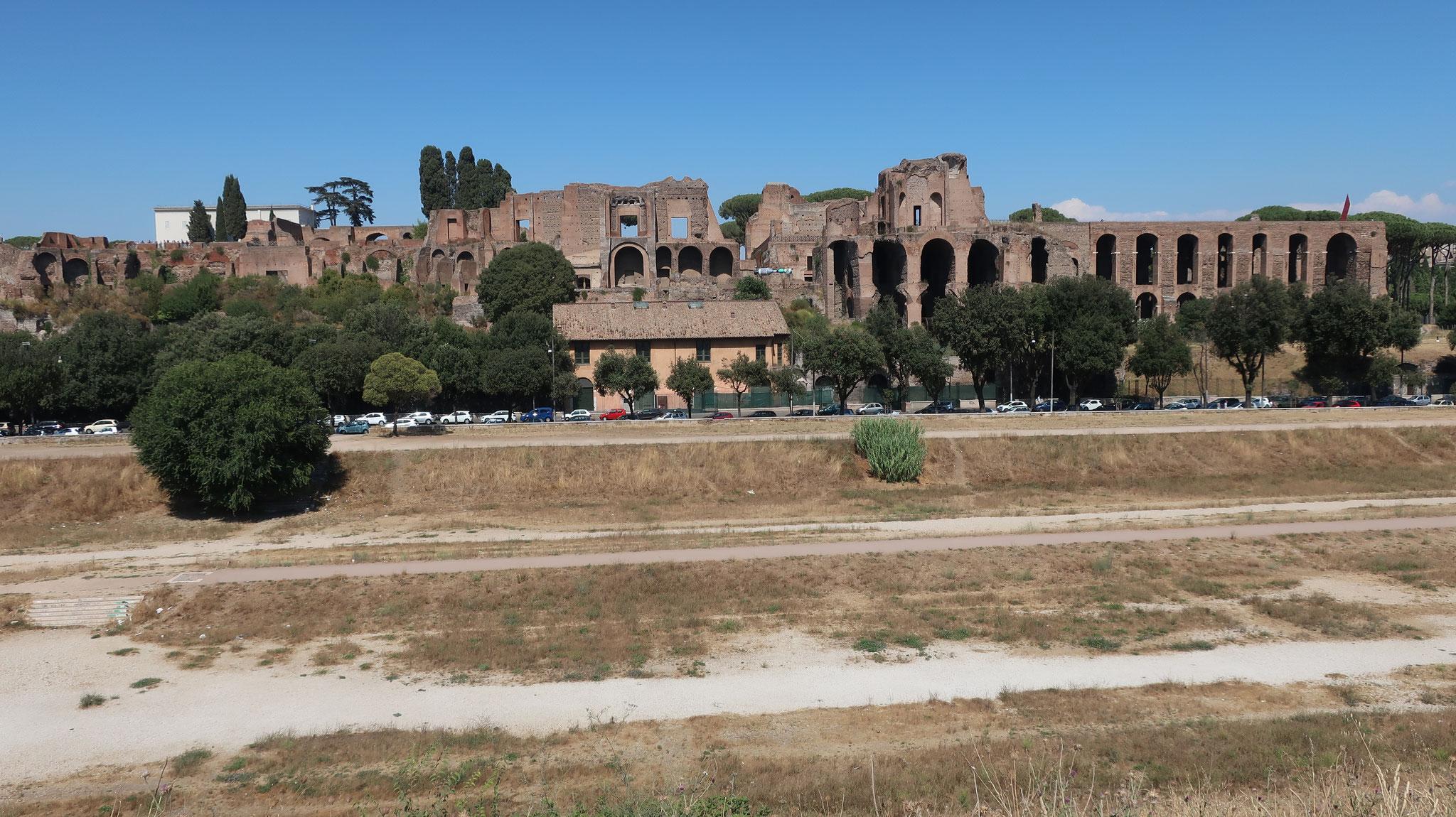 パラティーノの丘に立つ宮殿「皇帝アウグストゥスの家」