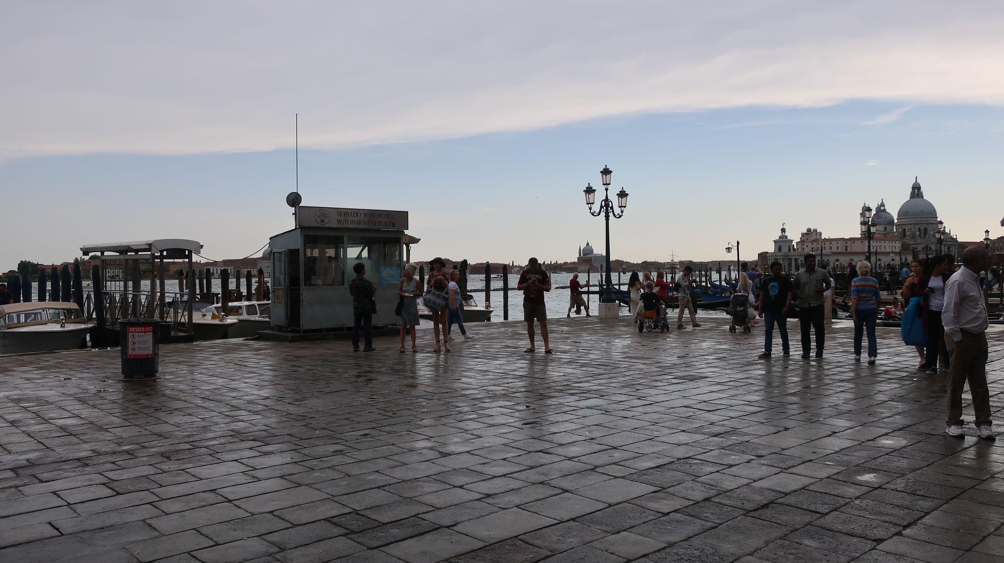 スキアヴォーニ河岸
