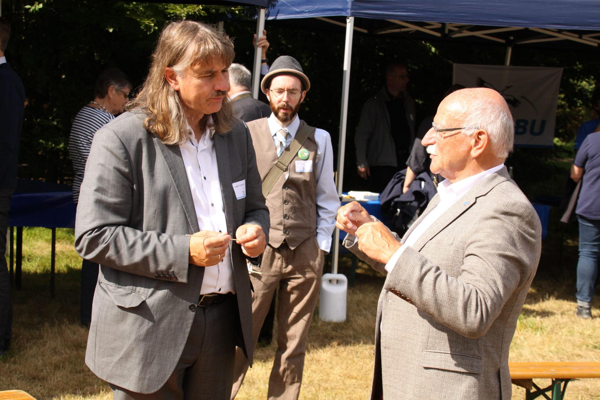 Josef Tumbrink im Gespräch mit Wolfgang Dingarten.