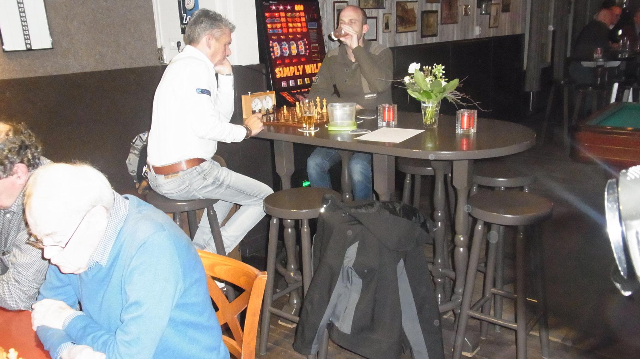 © Bij van Dijk Schaakclub SCAR