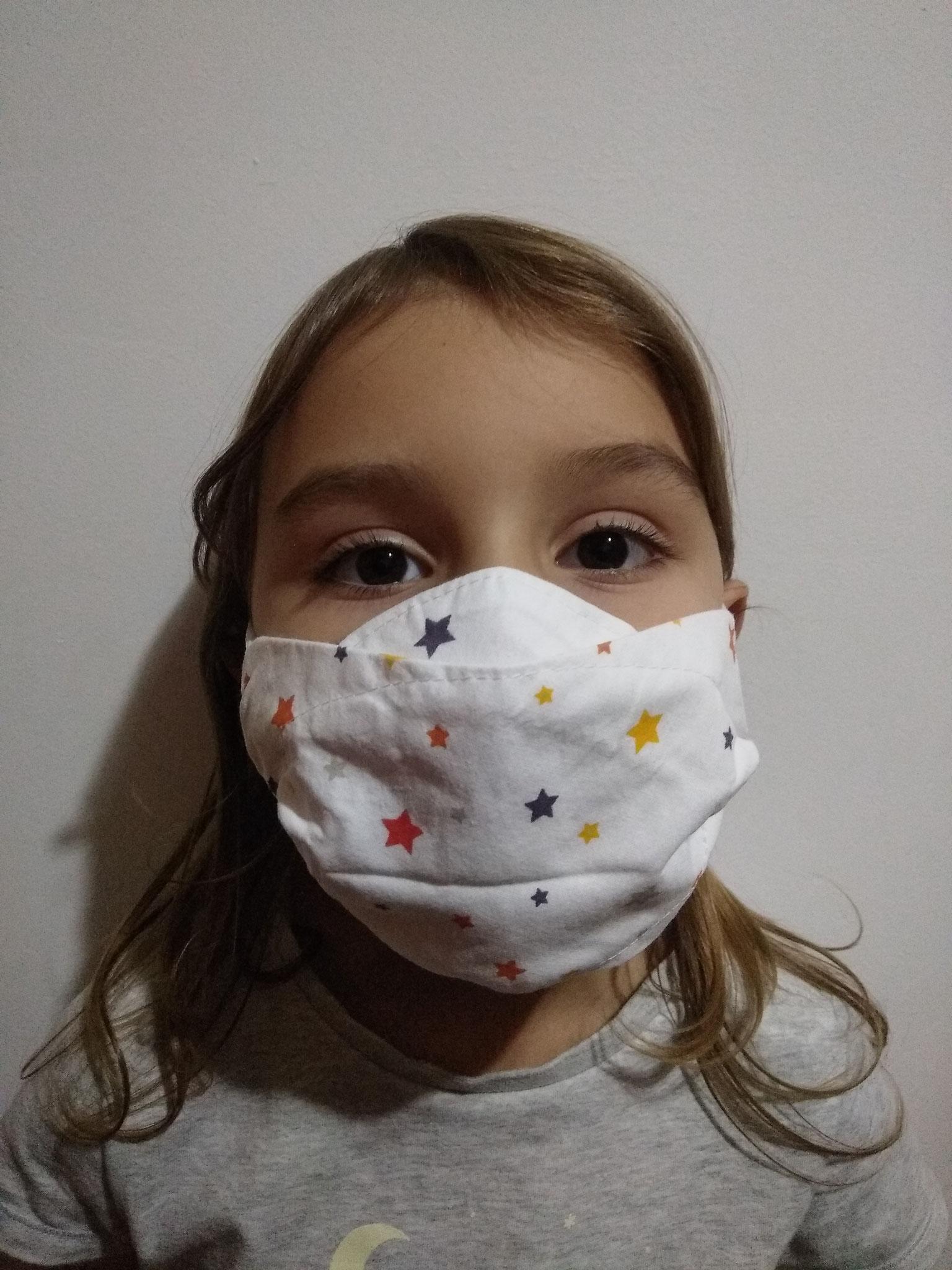 Masque AMÉLIORÉ ENFANT sur enfant de 5 ans