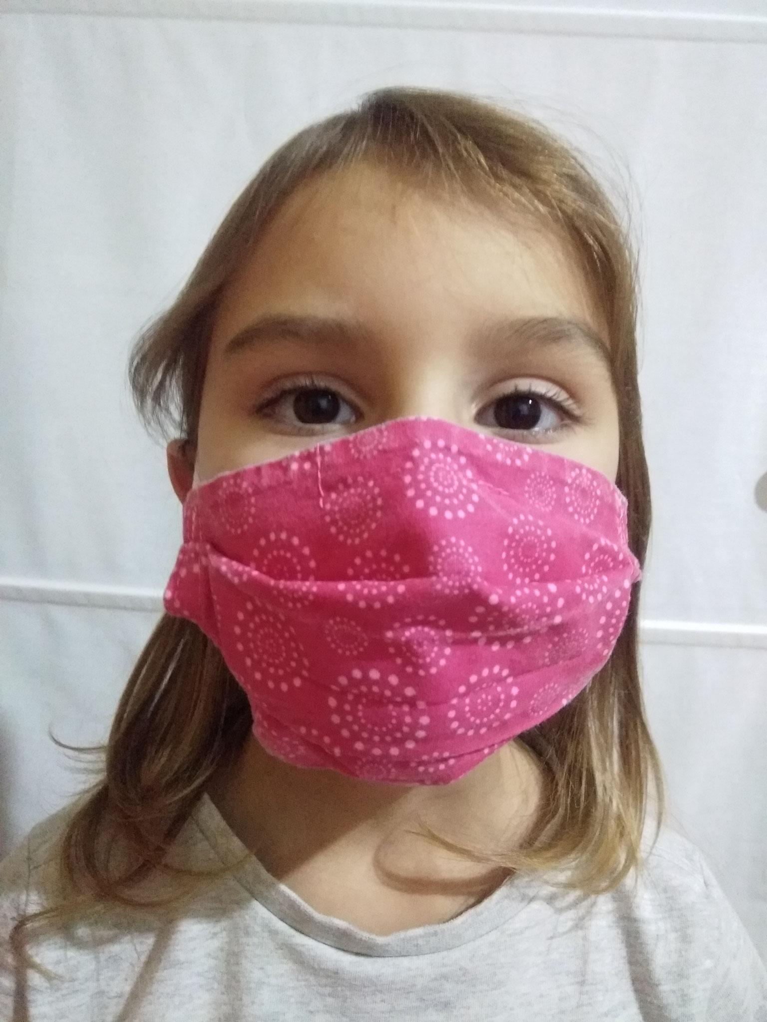 Masque STANDARD ENFANT sur enfant de 5 ans