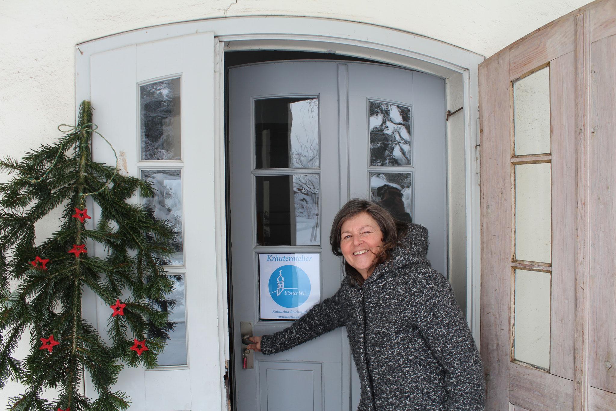 Katharina heisst Sie herzlich Willkommen im Kräuteratelier