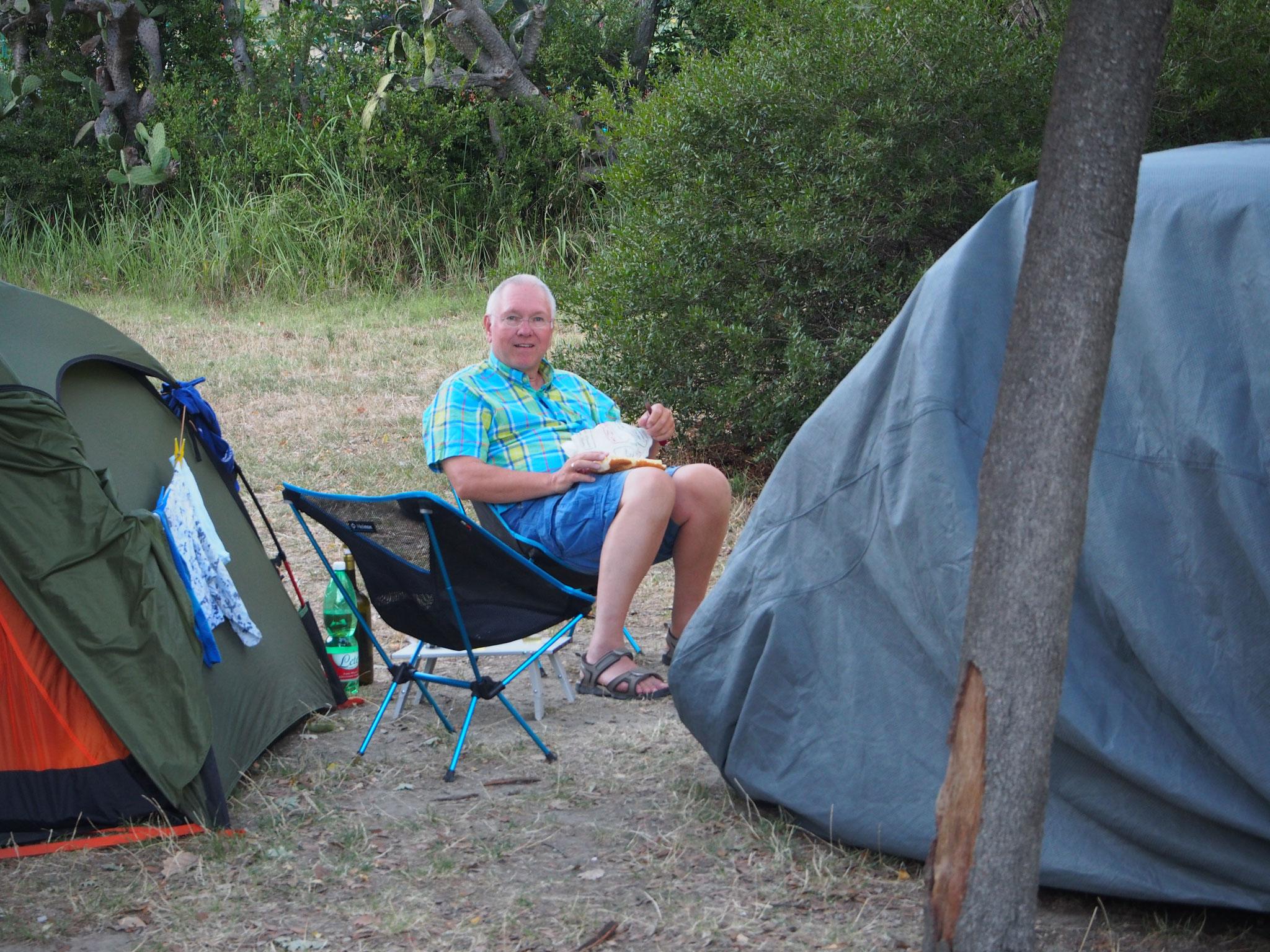 Camping im Krater Solfatara