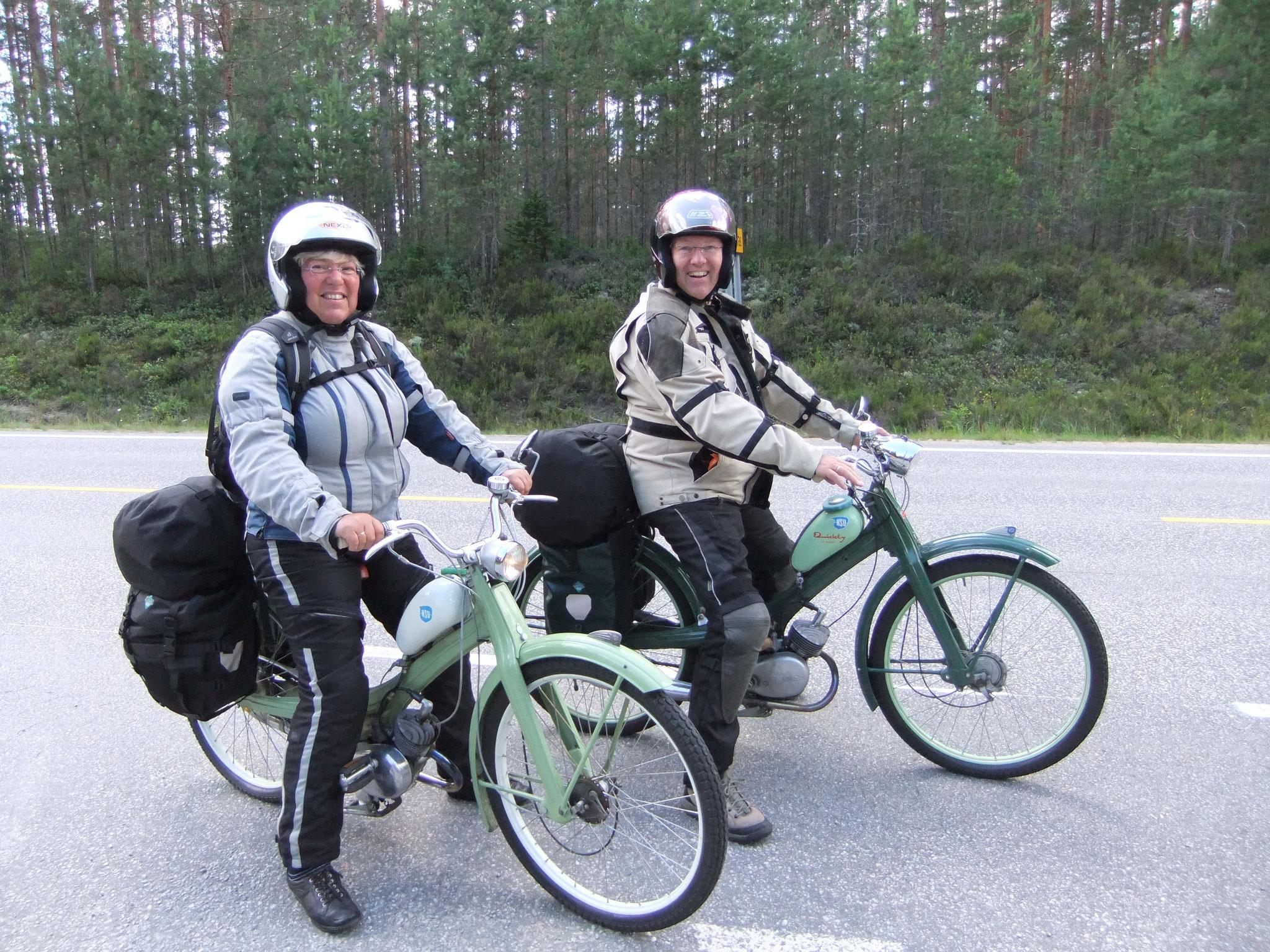 Norwegen, am Nisser mit den Quickly-Mopeds