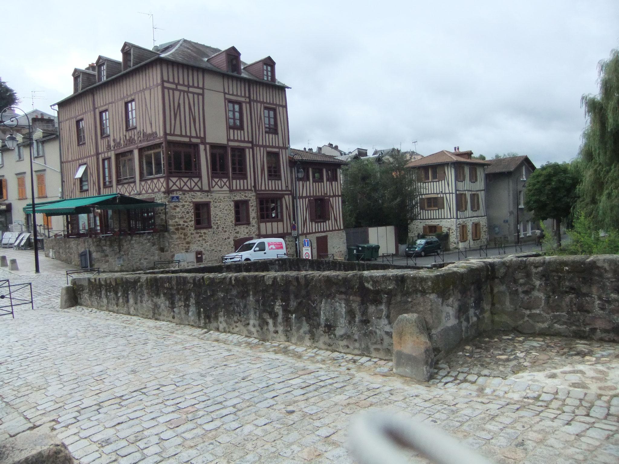 die alte Pilgerbrücke in Limoges