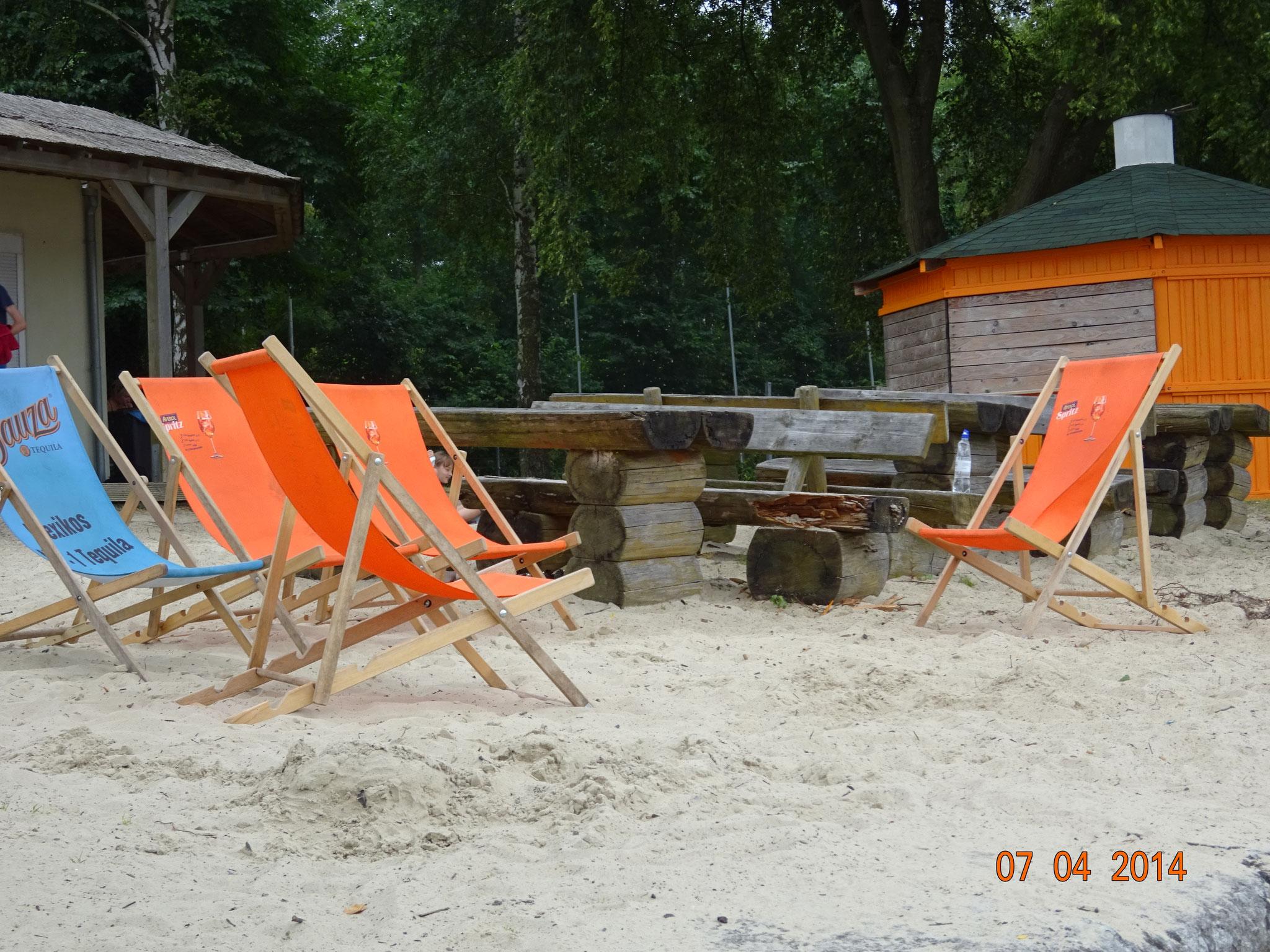 Liegestühle/Strandkörbe