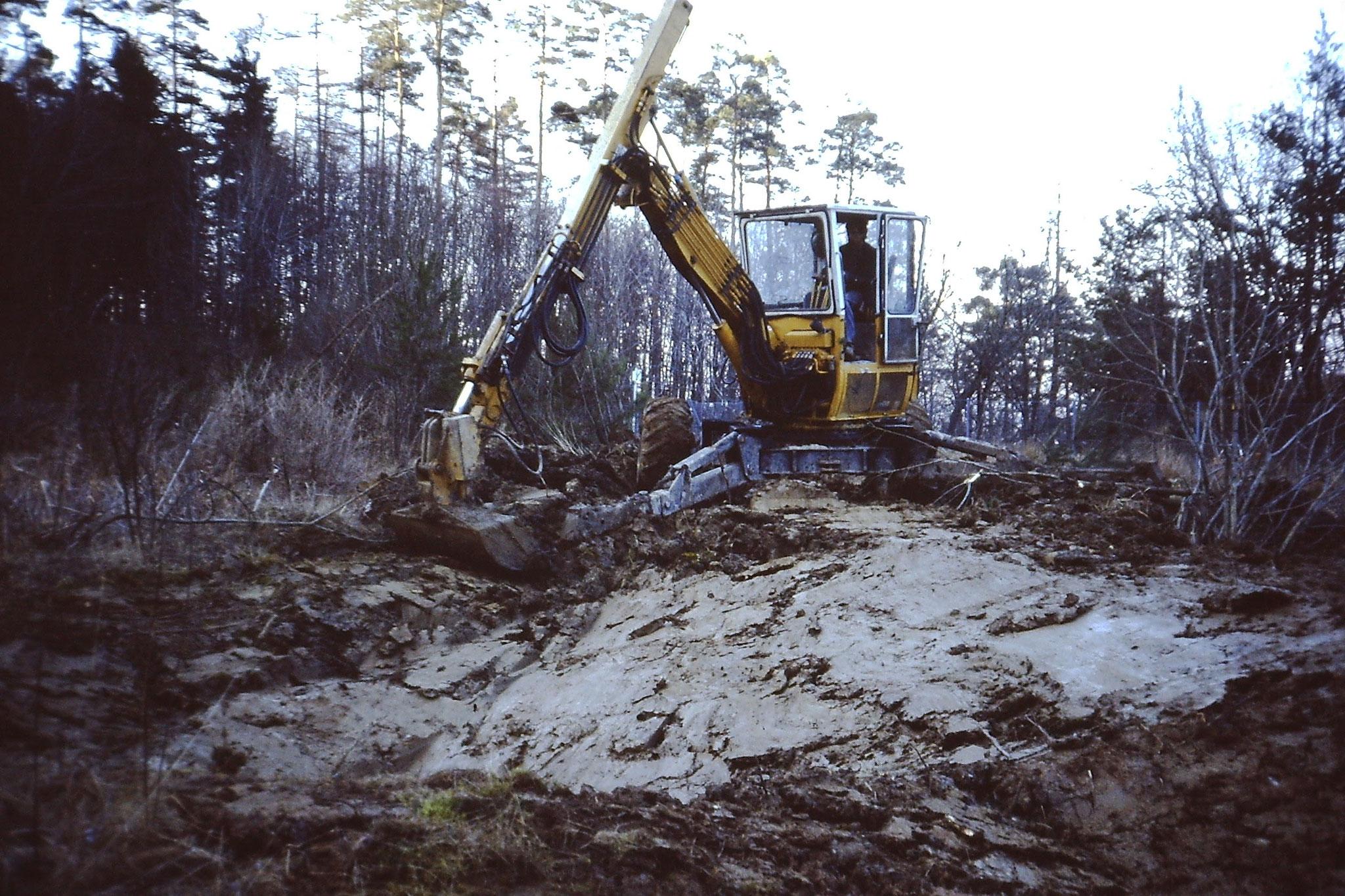 Dammbau zur Stabilisierung der Feuchtgebiete NABU
