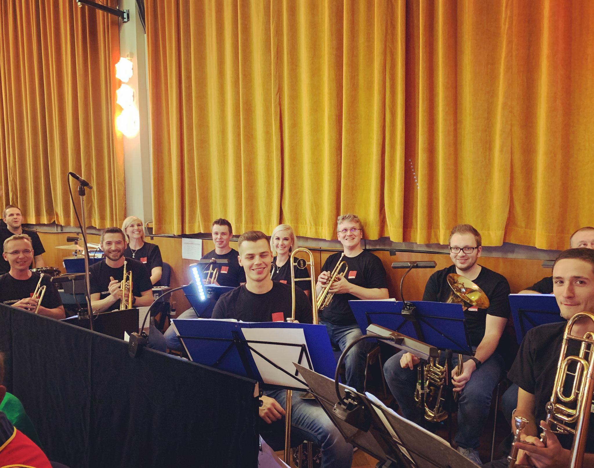 Die One Night Band-Das CCW-Bernsteinzimmer der guten Musik