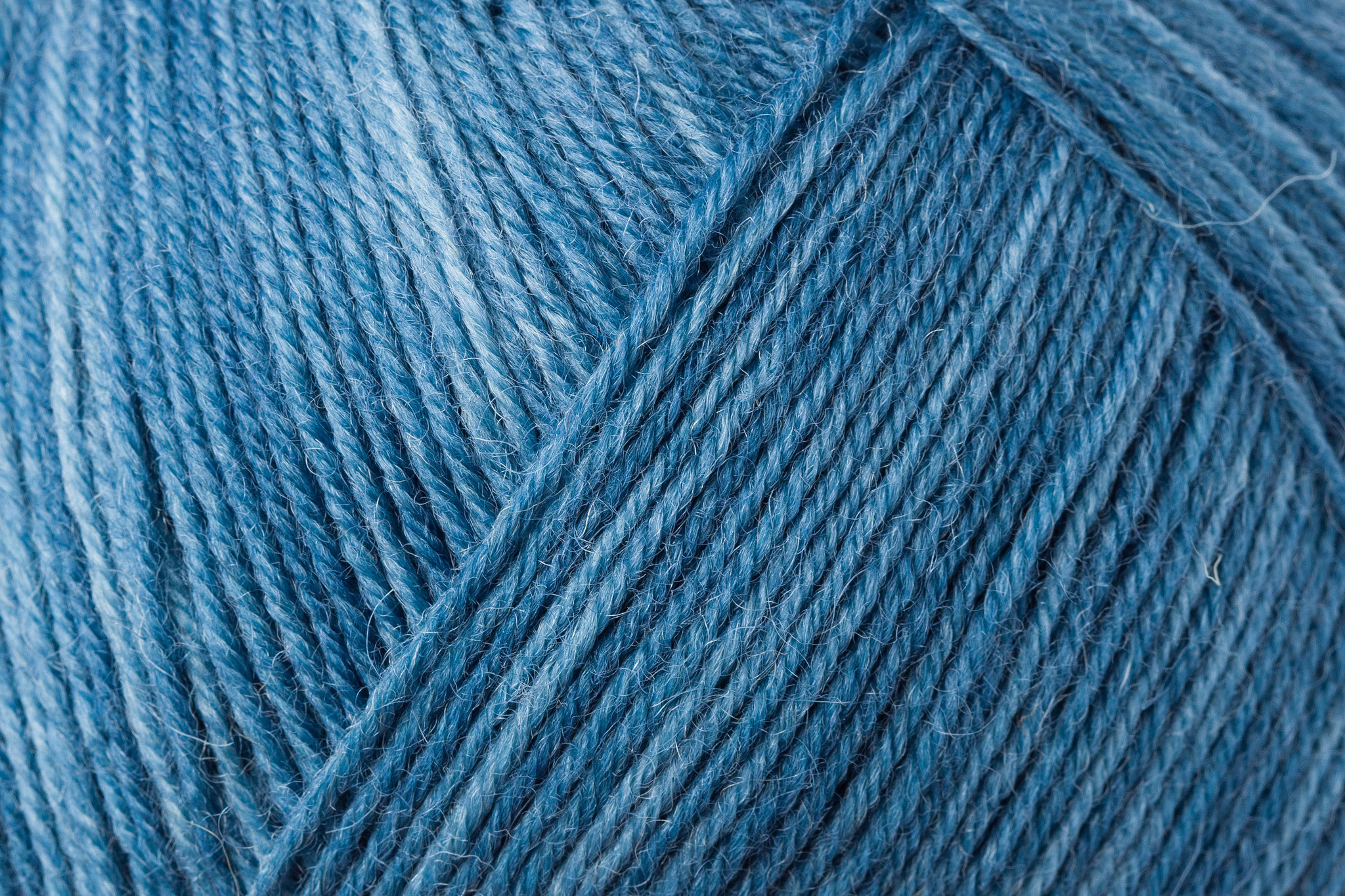 jeansblau color