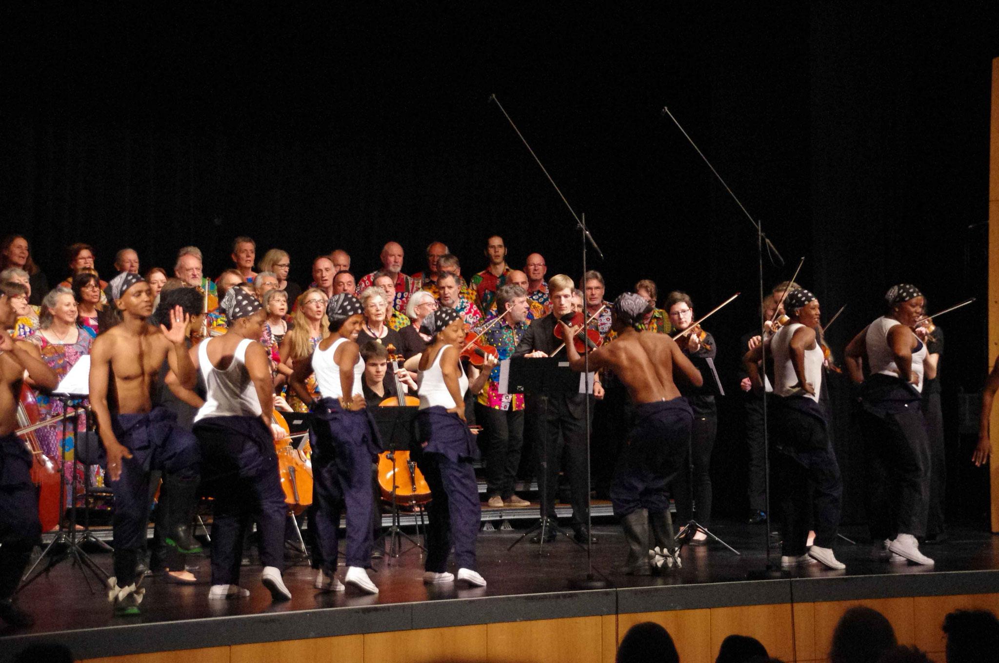 Lesedis, Junge Kammerphilharmonie Rhein-Neckarg & Mokos in Bühl