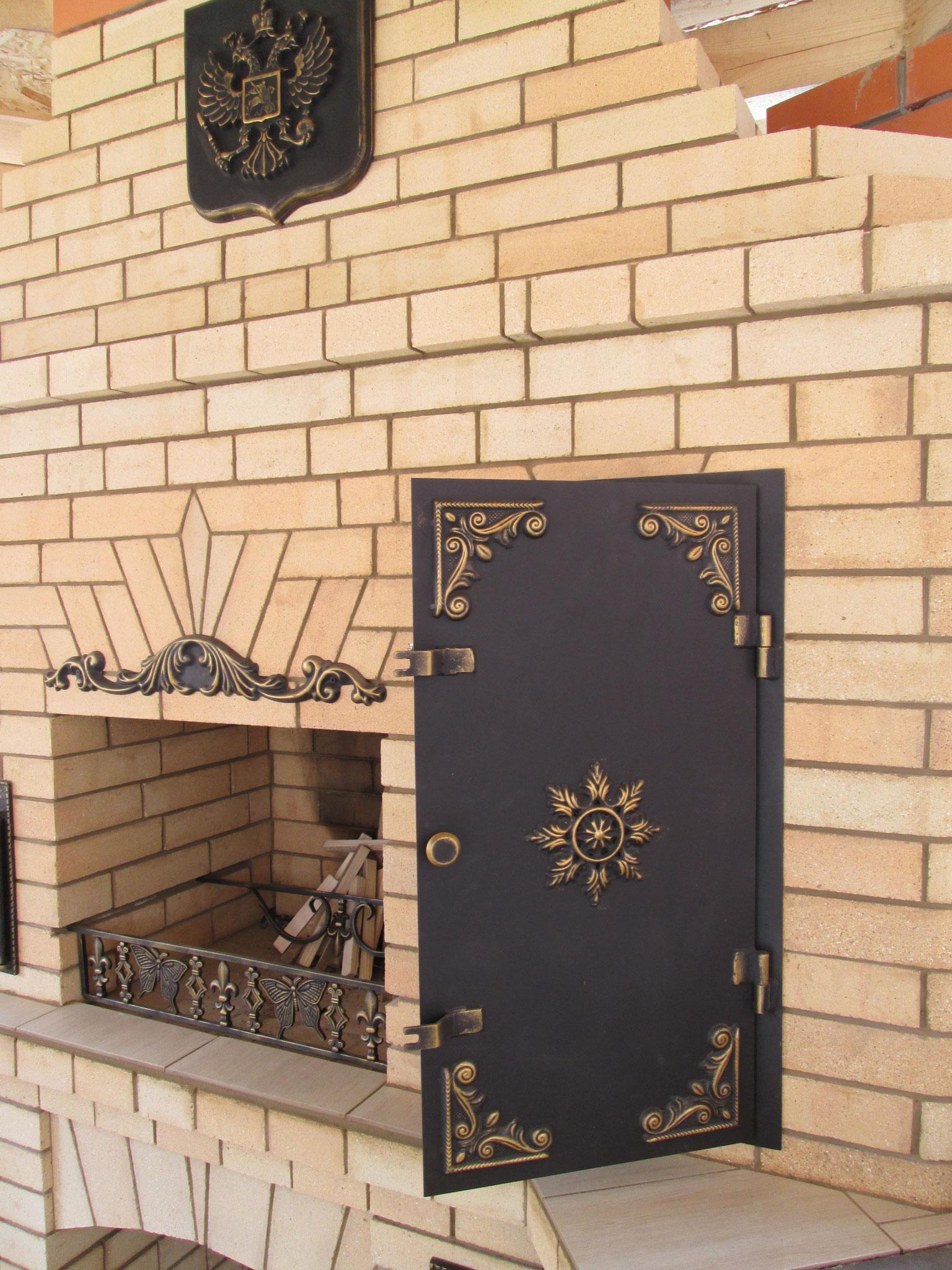 Дверка на камин 3