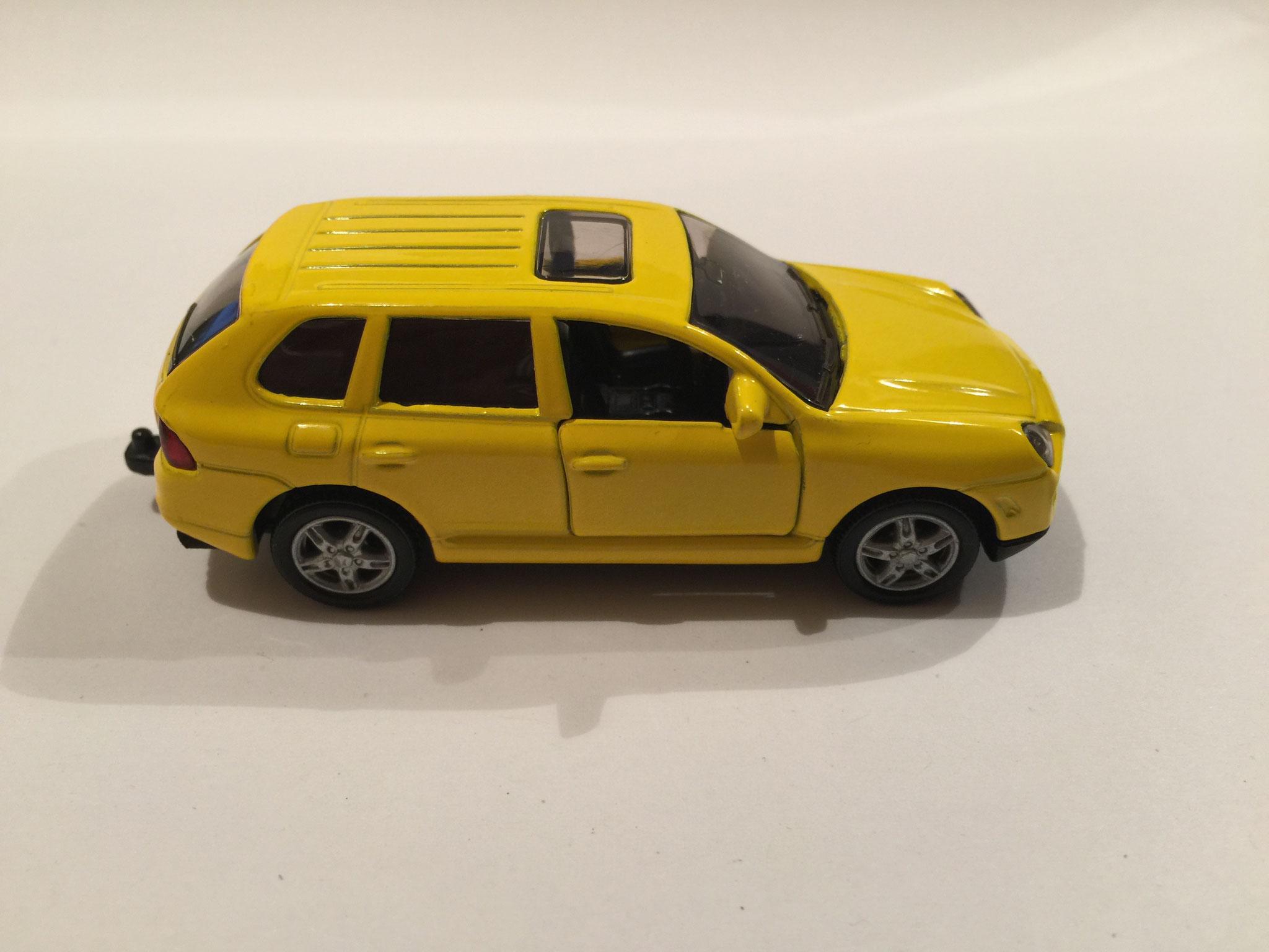 Porsche Cayenne Turbo Nr.1062 gelb