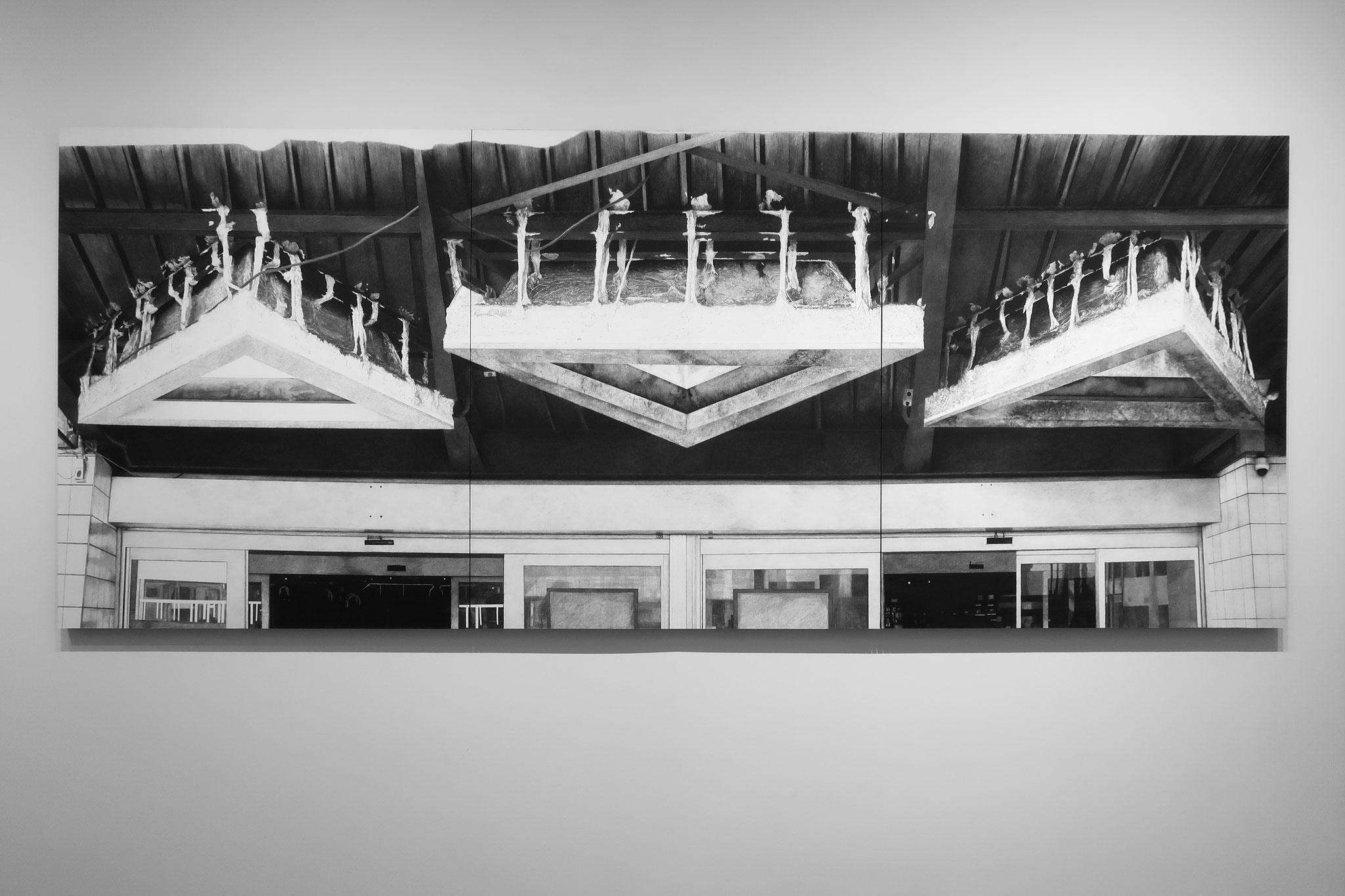Slow Futur fusain et pierre noire sur papier marouflé monté sur châssis, 273 x 112 cm, 2018