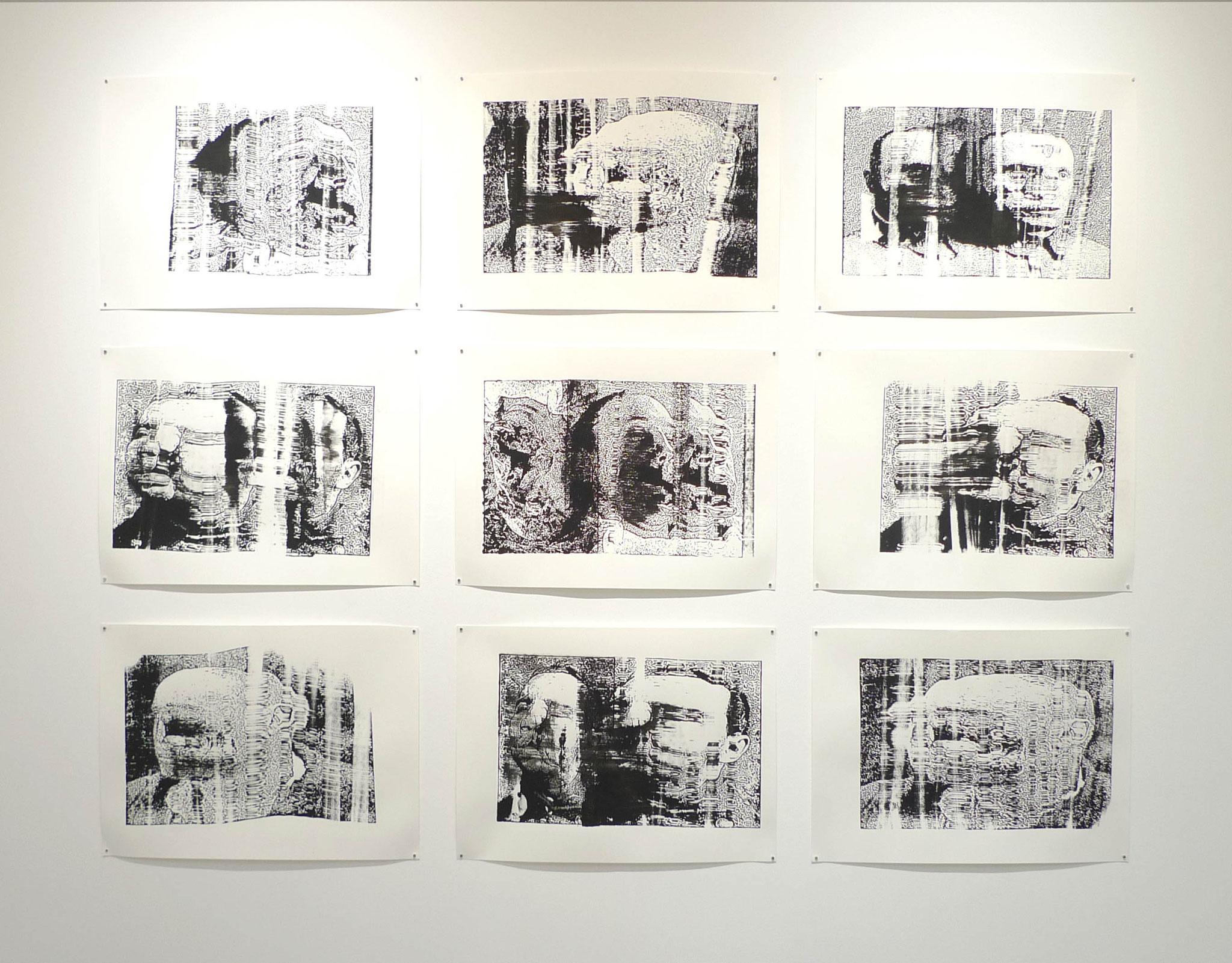 Gueules froissées, 2017. 9 sérigraphies monotypes de format 50 x 70 cm. Photo : Loïc Creff