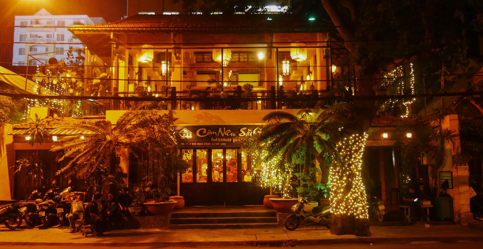 Ho-Chi-Minh-Stadt (Saigon) - Restaurant Cơm Niêu Sài Gòn