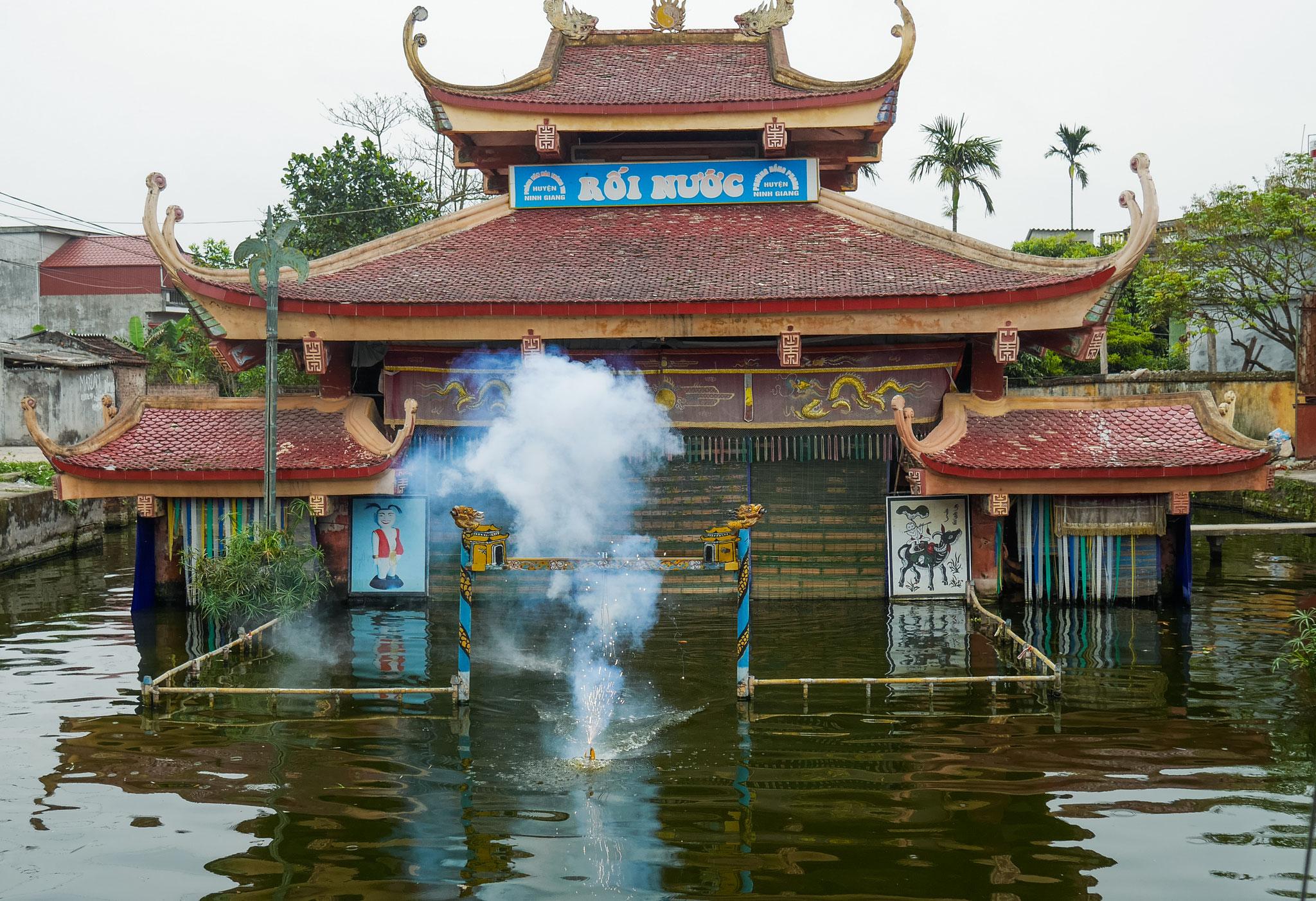 Ninh Giang Wasserpuppentheater